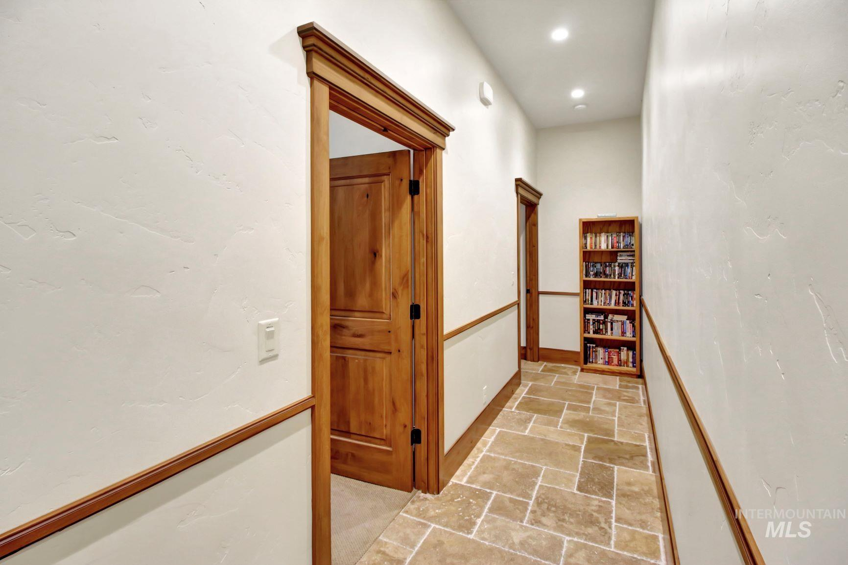 9753 Moore Drive Property Photo 15