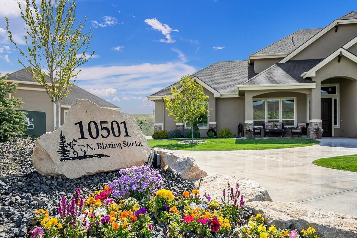 10501 N Blazing Star Lane Property Photo