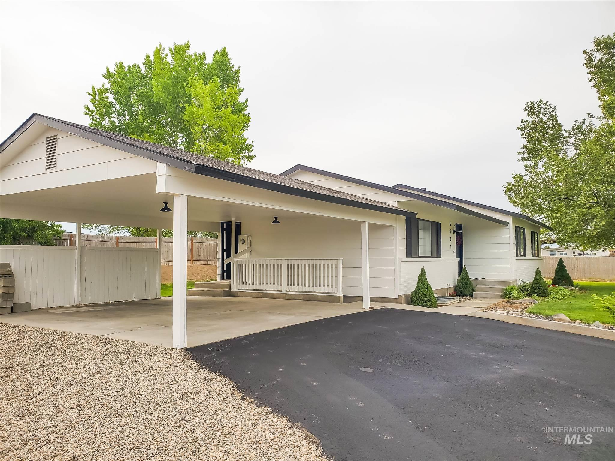 4531 SE 3rd Ave Property Photo - New Plymouth, ID real estate listing