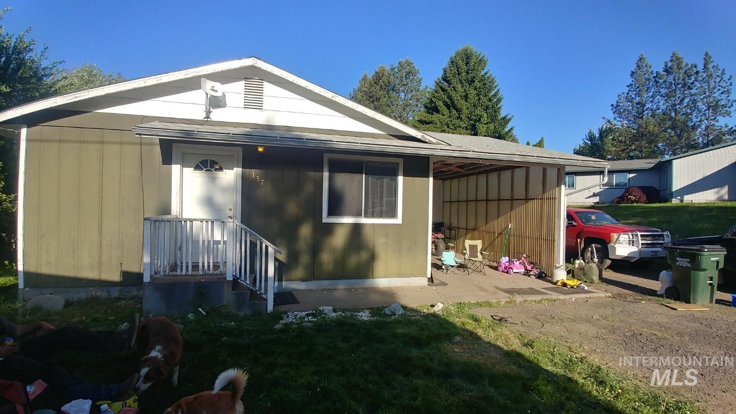 137 Pine Road Property Photo
