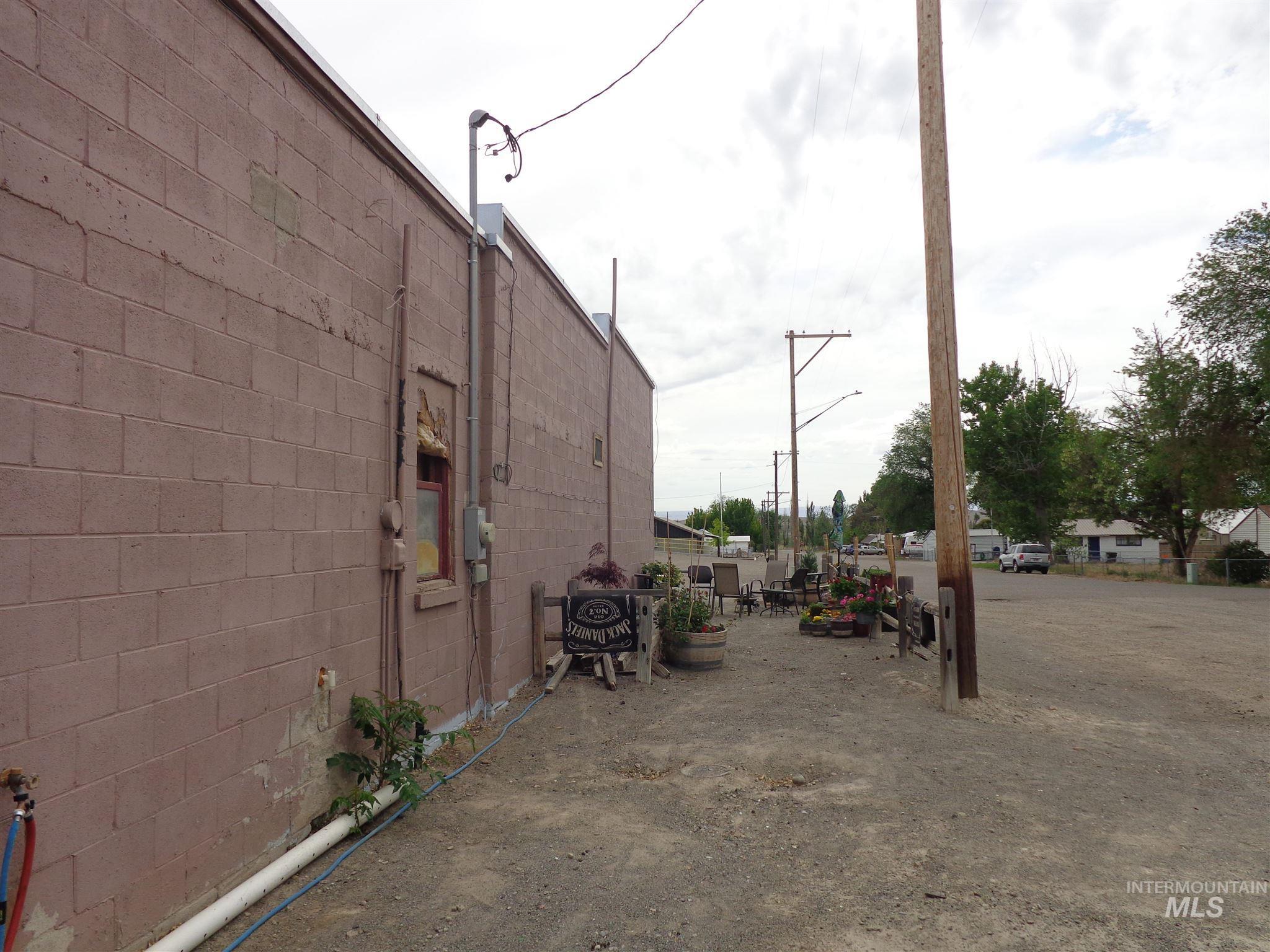 3254 Belle Ave # 2 Property Photo 2