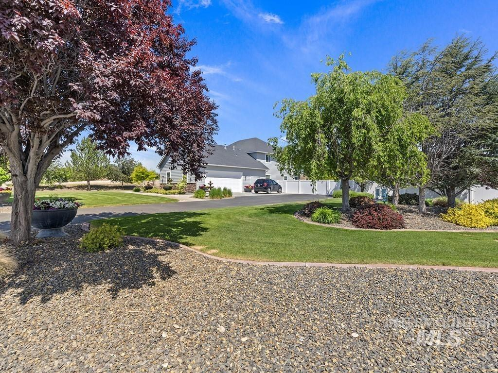 4954 Eagle View Court Property Photo 7