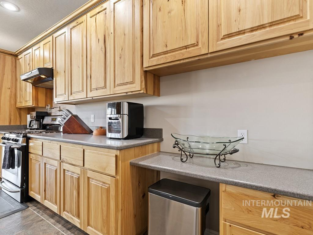 4954 Eagle View Court Property Photo 18
