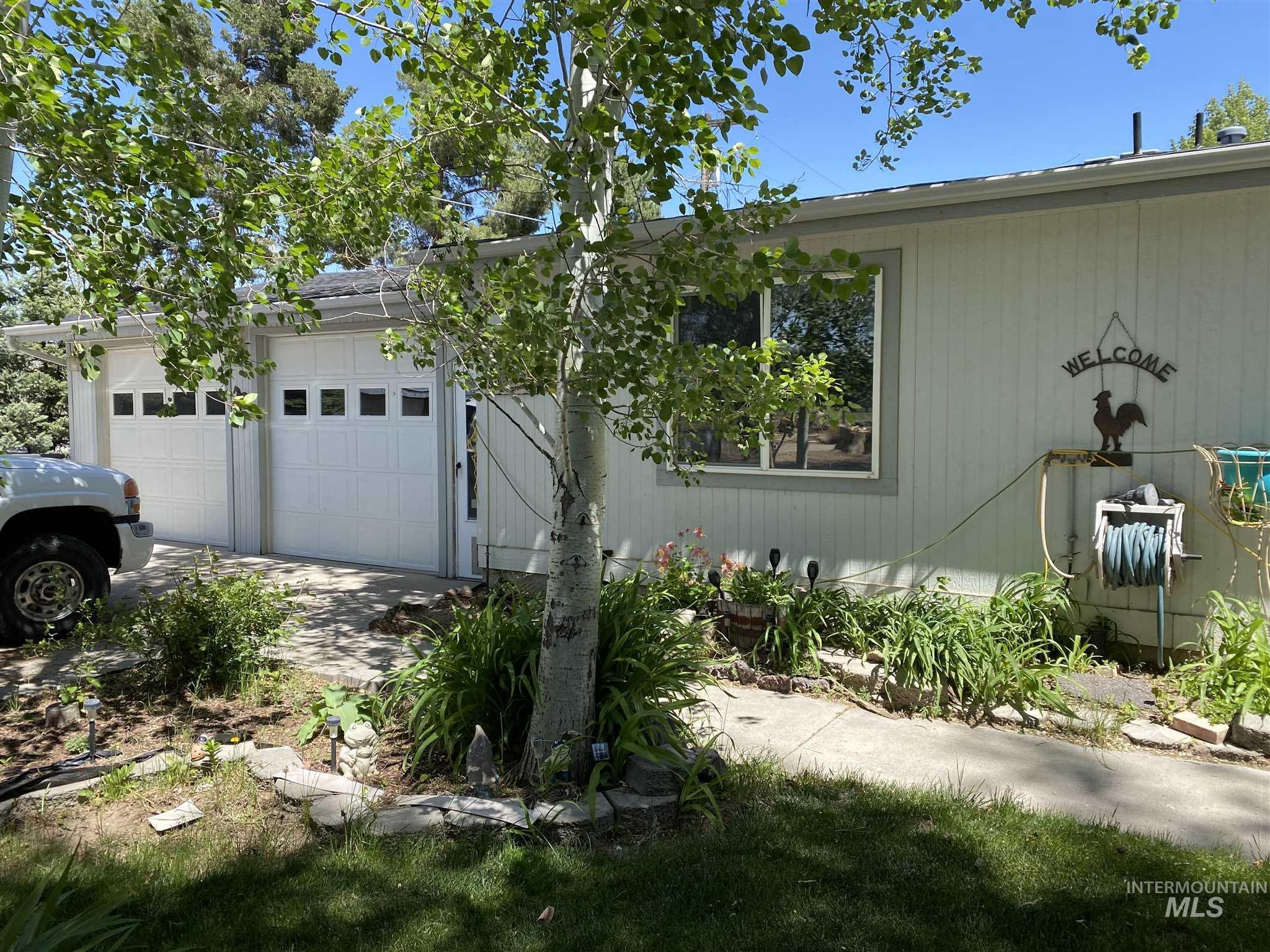 524 W 7 Property Photo 2