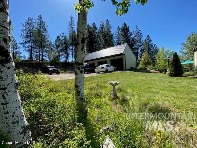 4450 Highway 2 Property Photo
