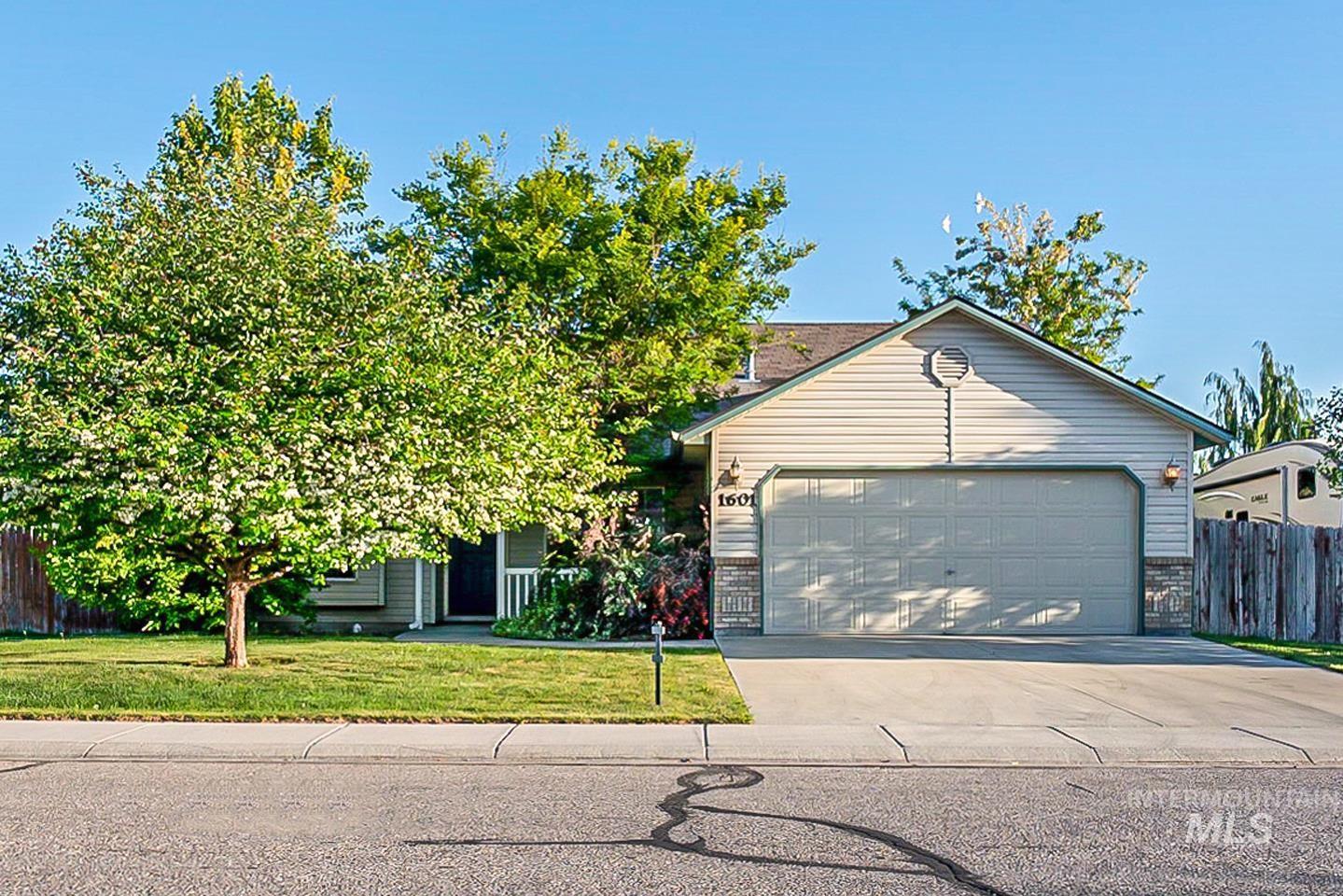 Midland Heights Real Estate Listings Main Image
