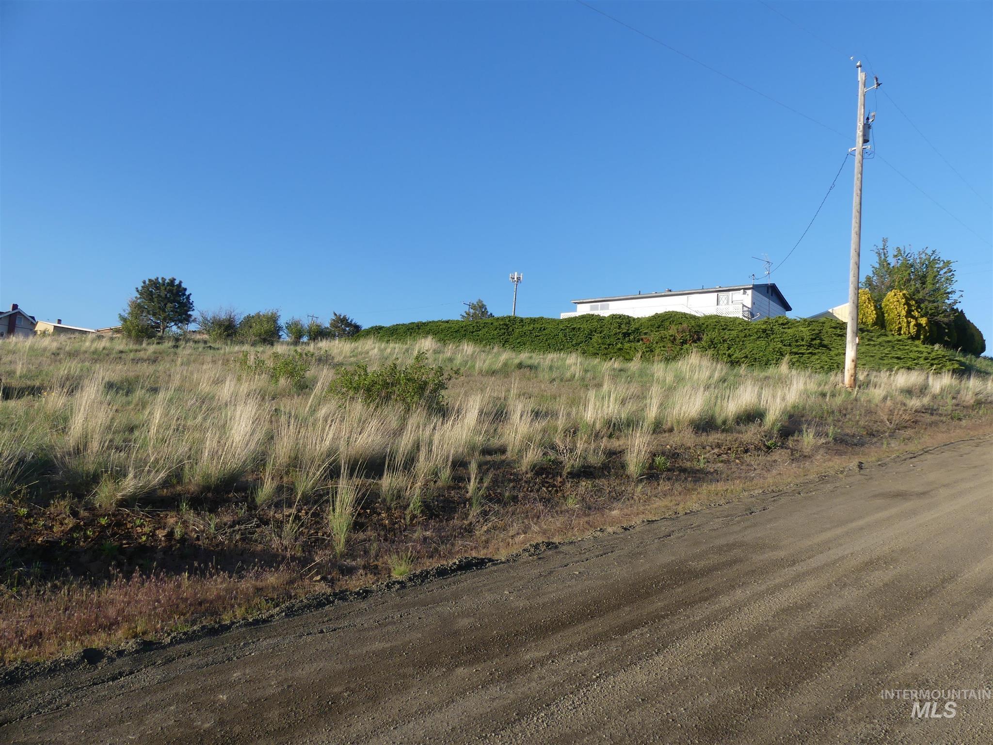 416 Gilmore St Property Photo