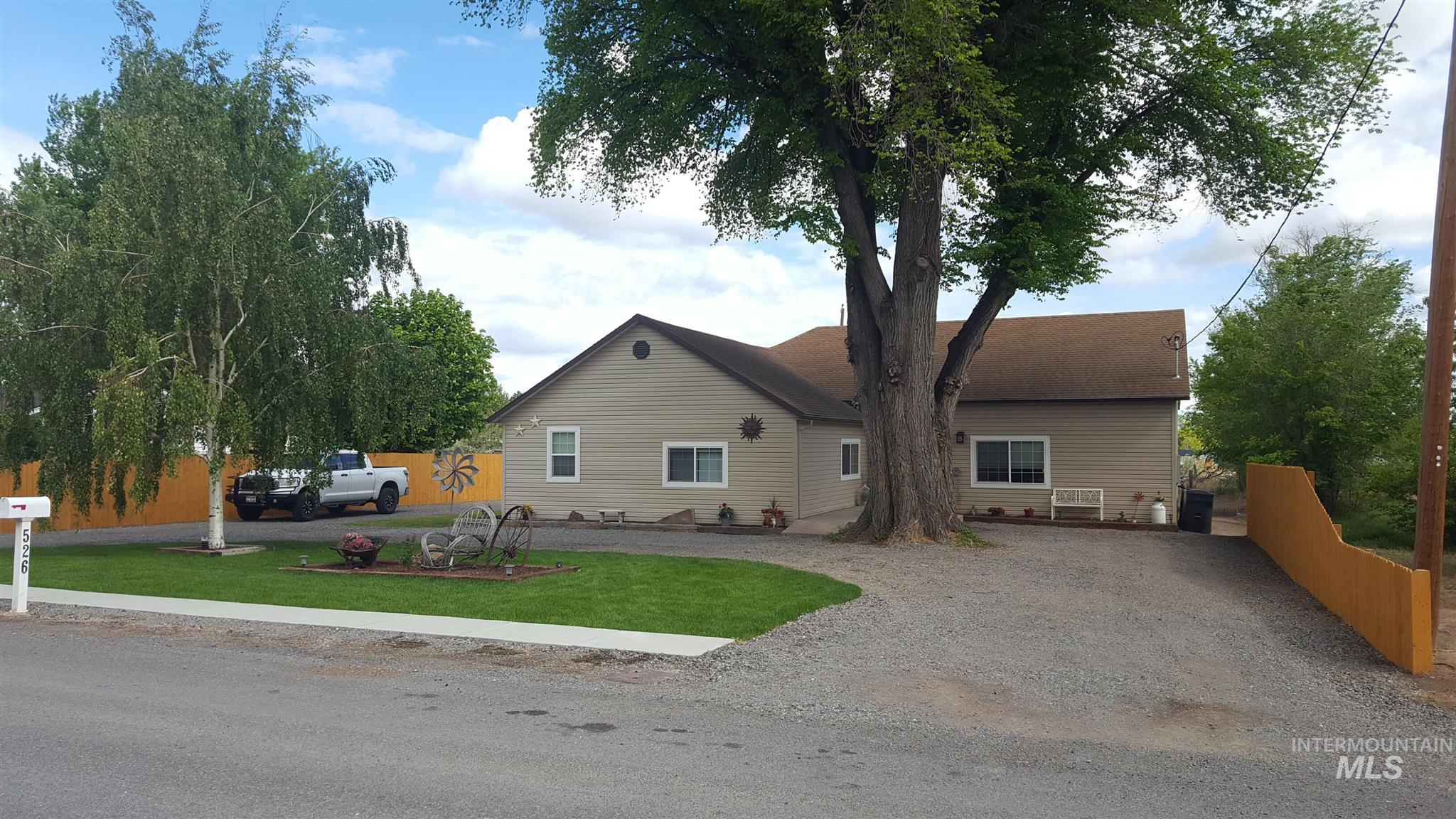 526 North Street Property Photo