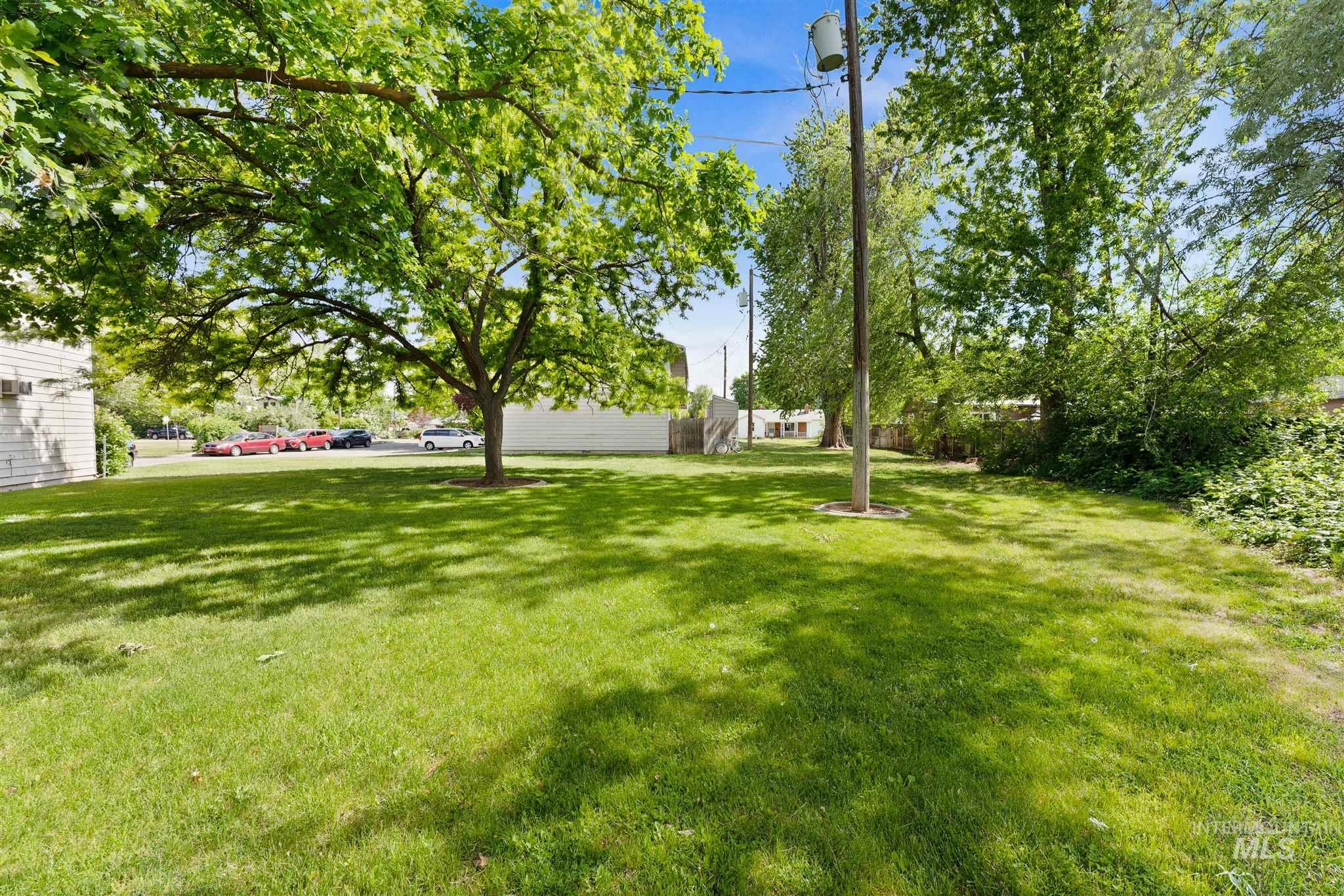 5454 W Grover Street Property Photo 13
