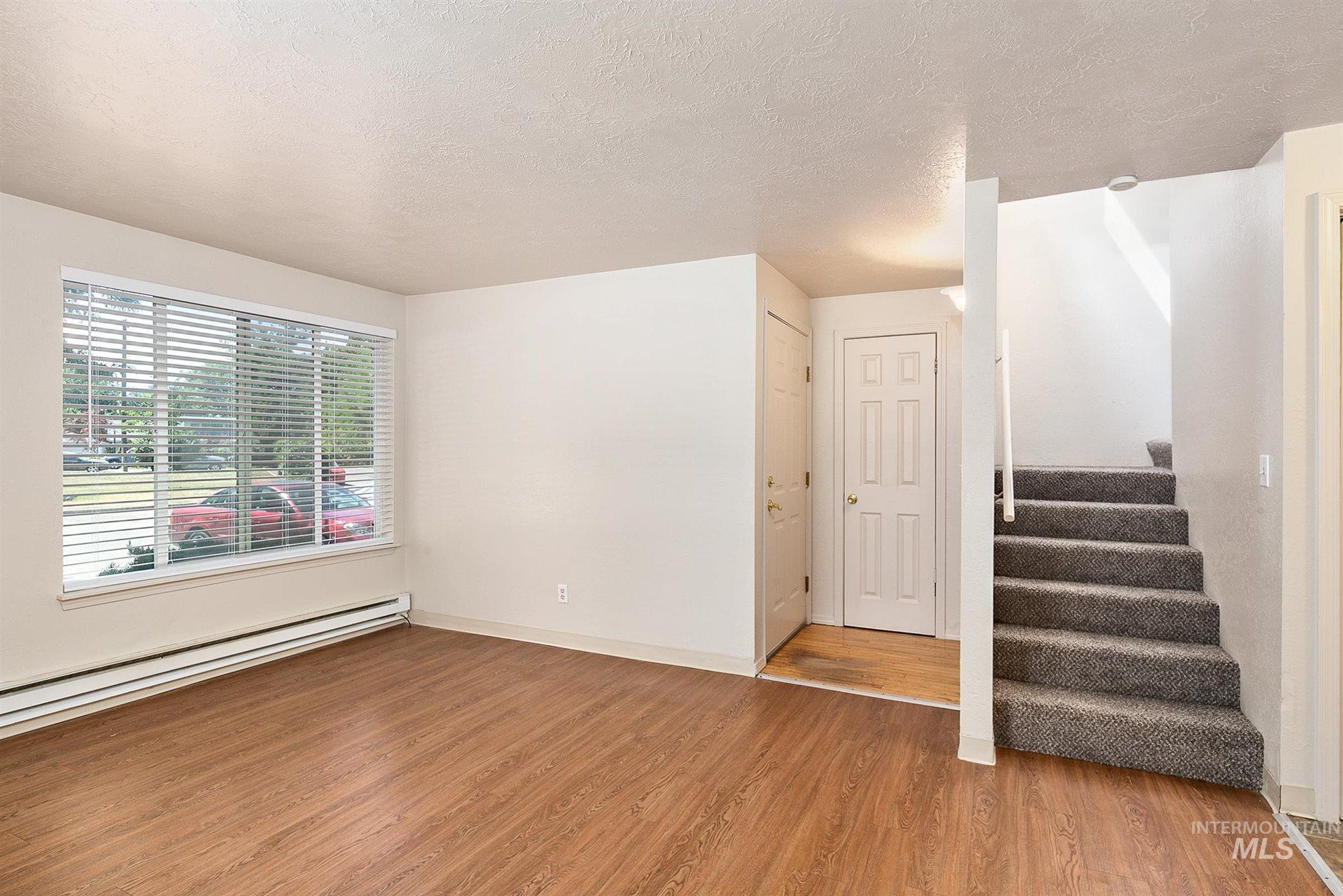 5454 W Grover Street Property Photo 18
