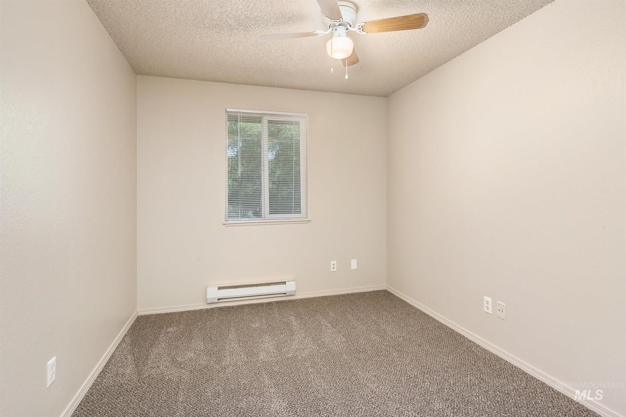 5454 W Grover Street Property Photo 32