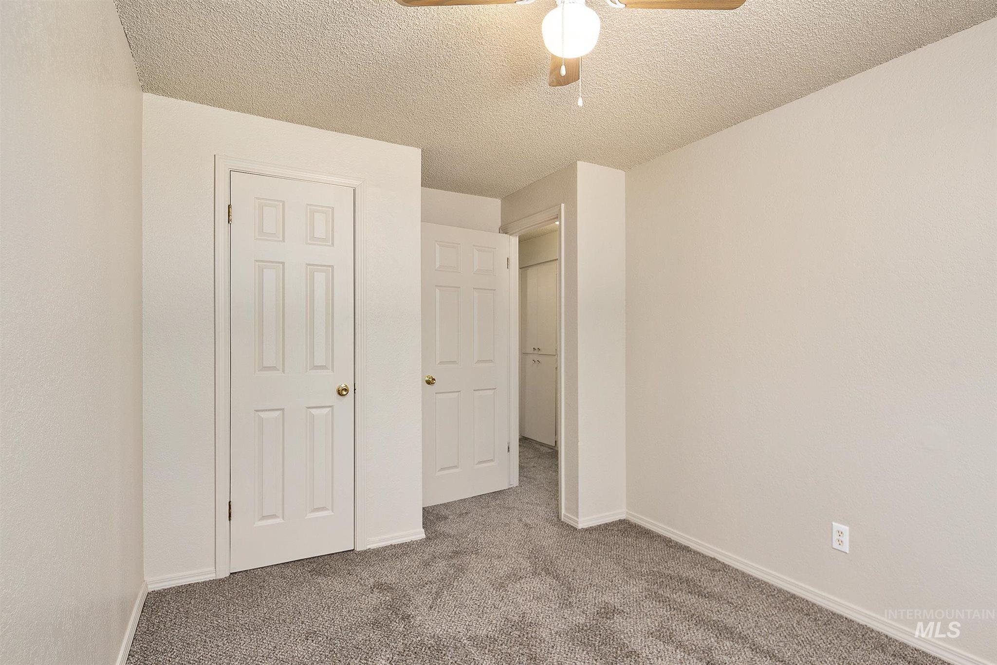 5454 W Grover Street Property Photo 33