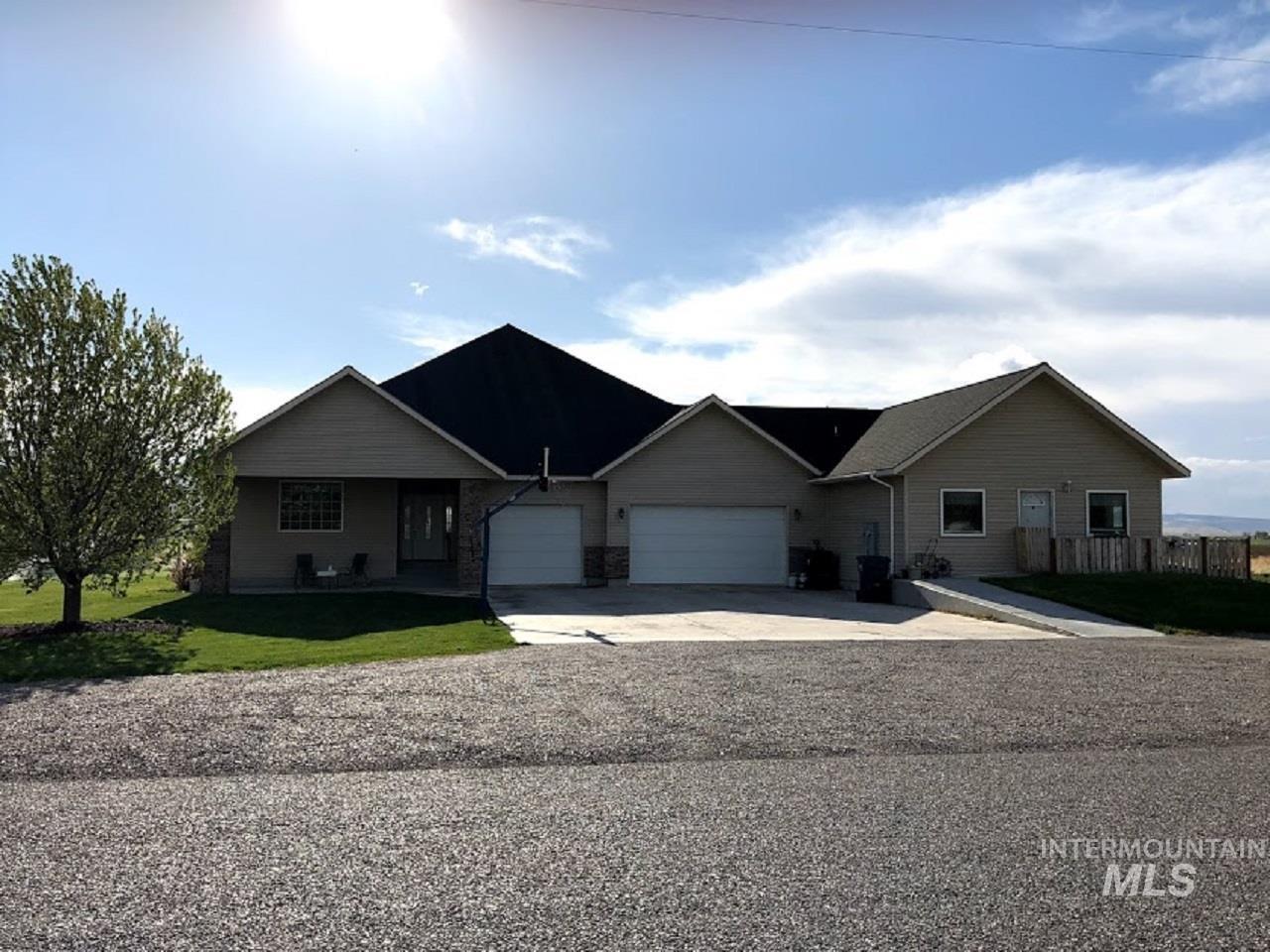 435 S College Property Photo 2