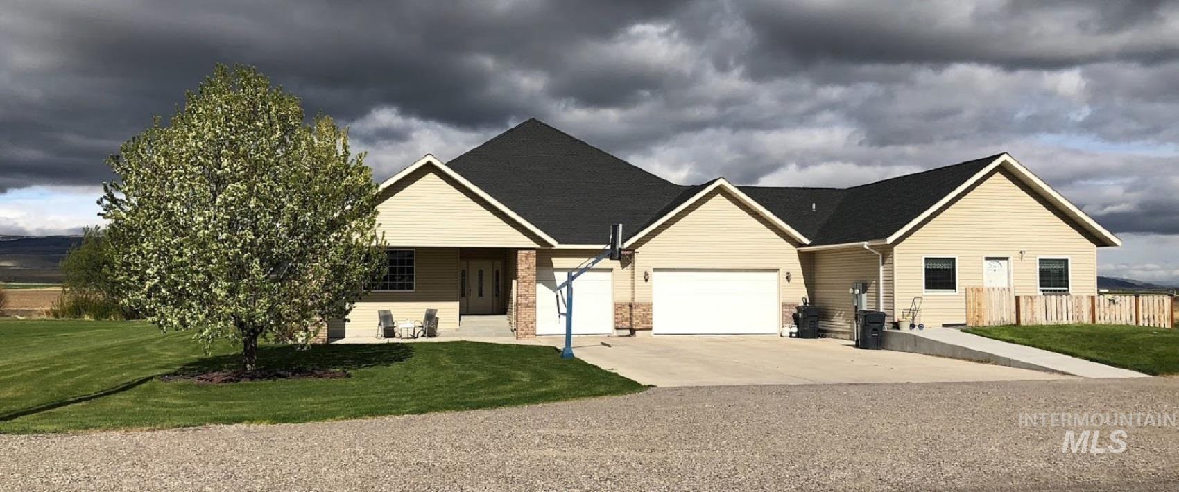 435 S College Property Photo 13
