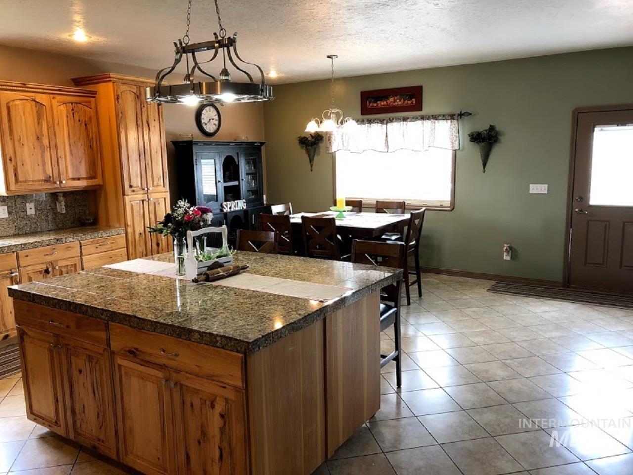 435 S College Property Photo 18