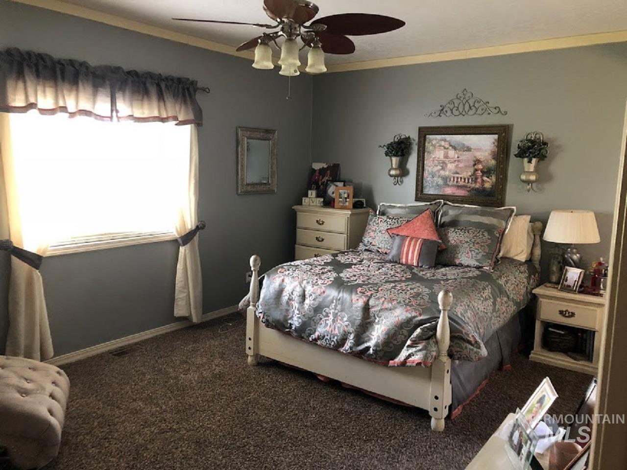 435 S College Property Photo 23