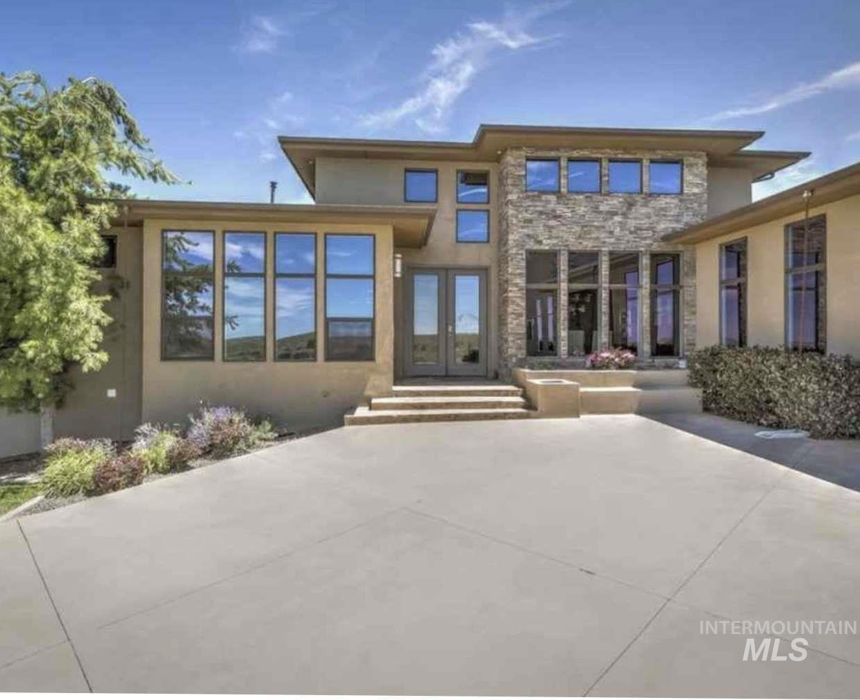 3766 Vista Ridge Ln Property Photo