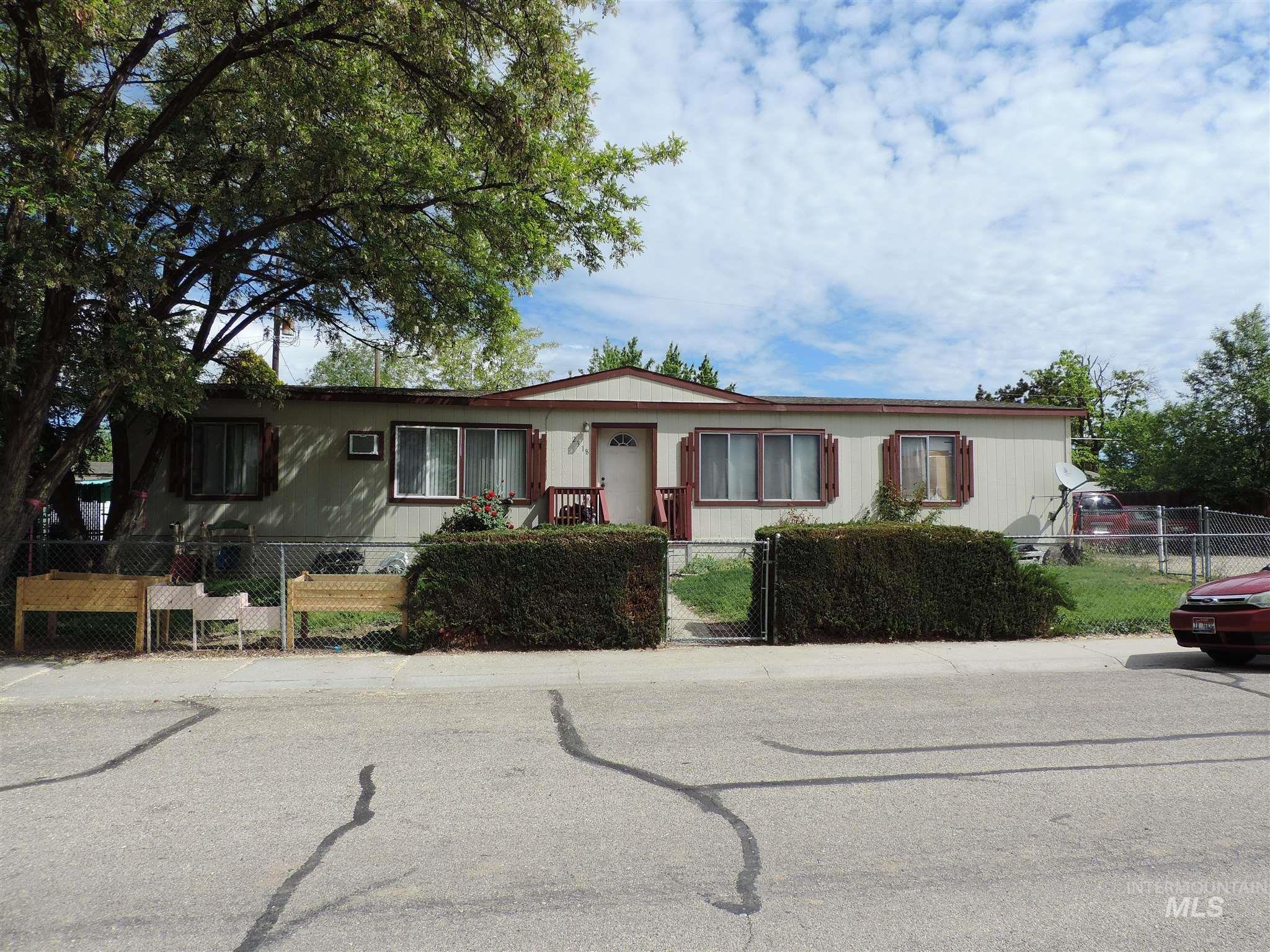 2318 S Three Mile Creek Property Photo 1