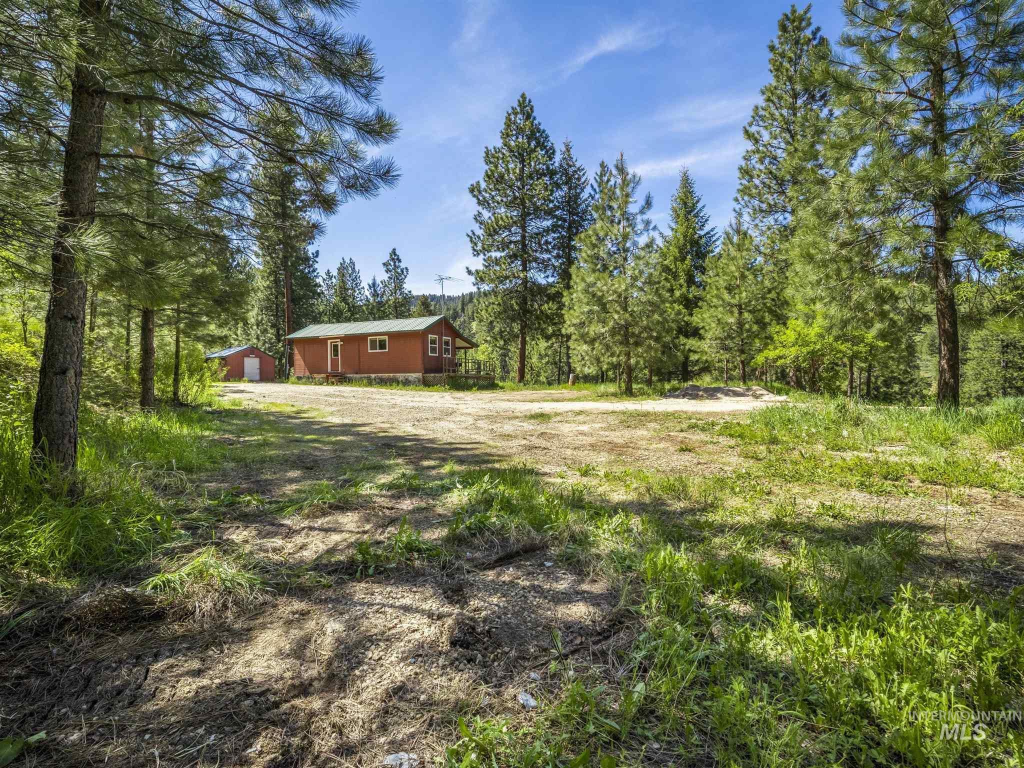 106 Johnson Creek Rd Property Photo 3