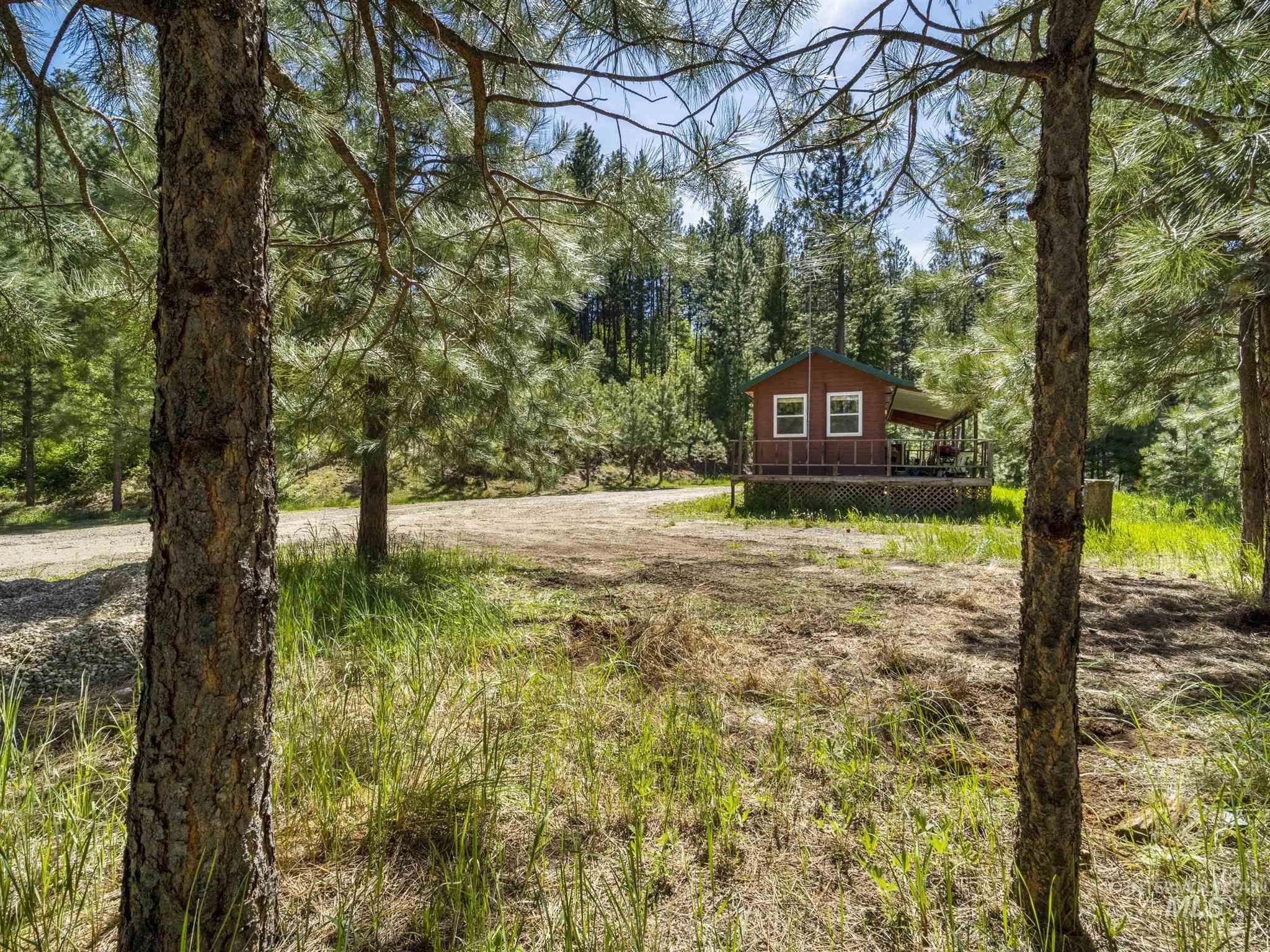 106 Johnson Creek Rd Property Photo 4