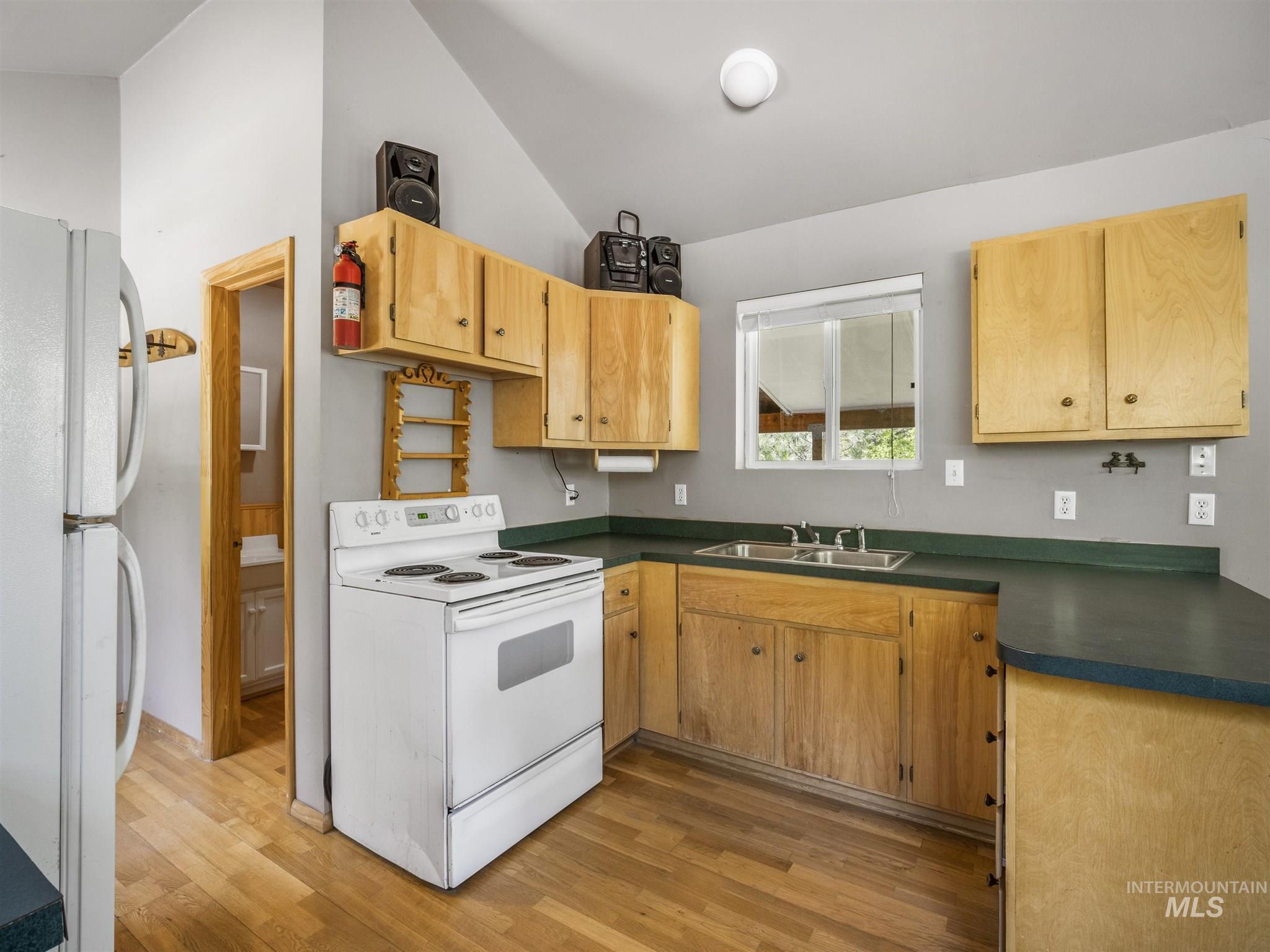 106 Johnson Creek Rd Property Photo 7