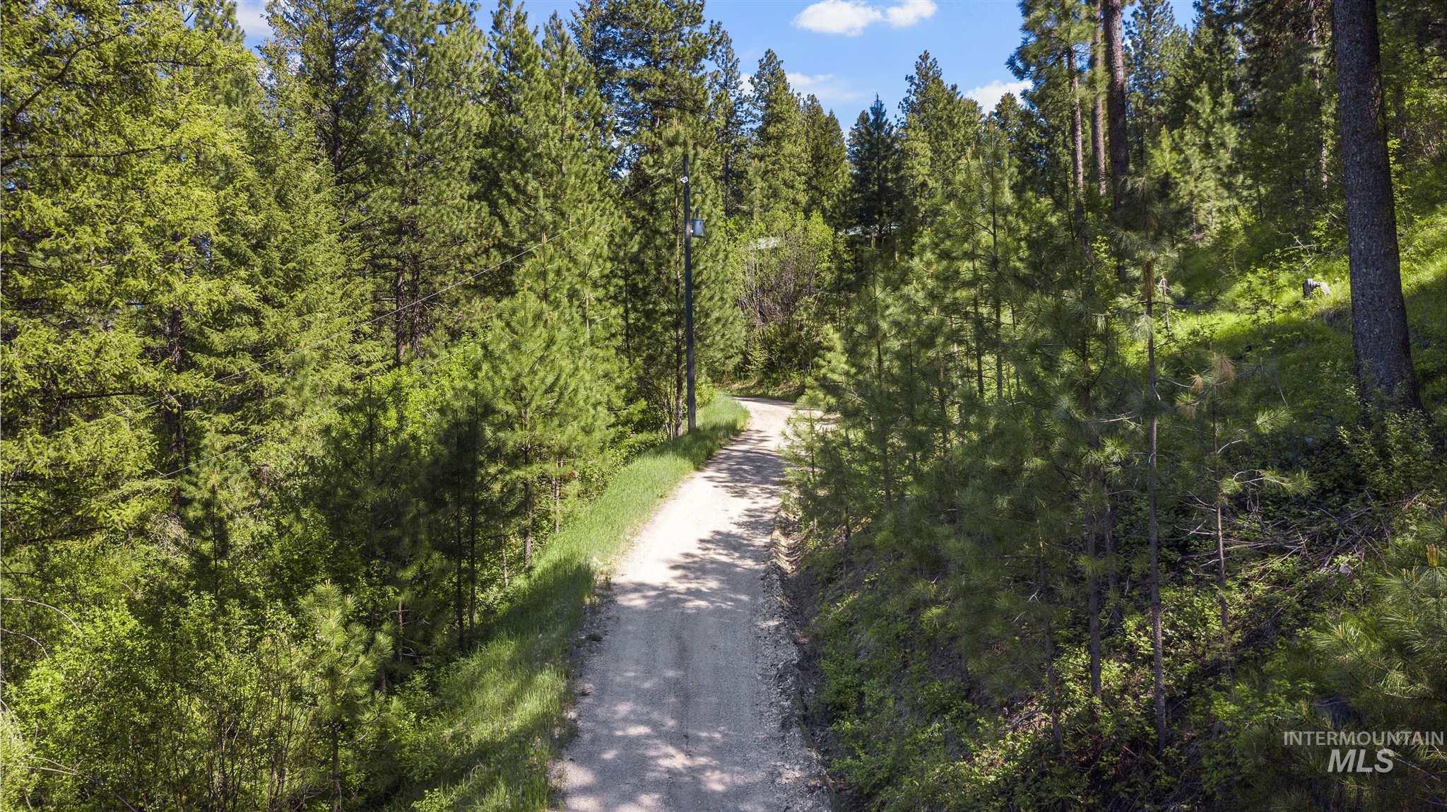 106 Johnson Creek Rd Property Photo 17