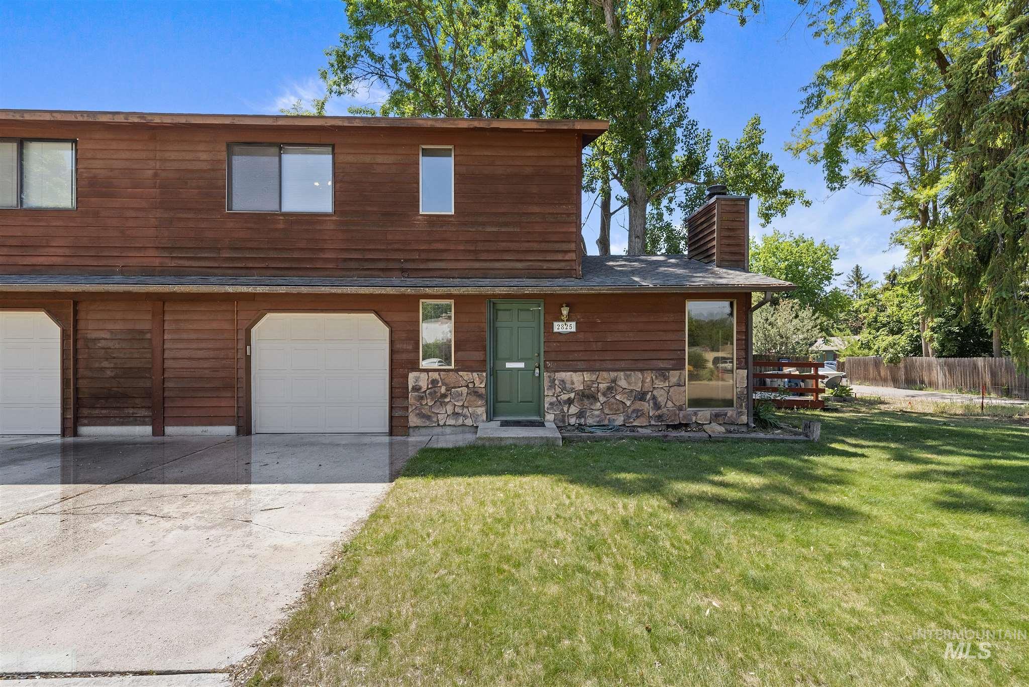 2825 Sunset Avenue Property Photo 1
