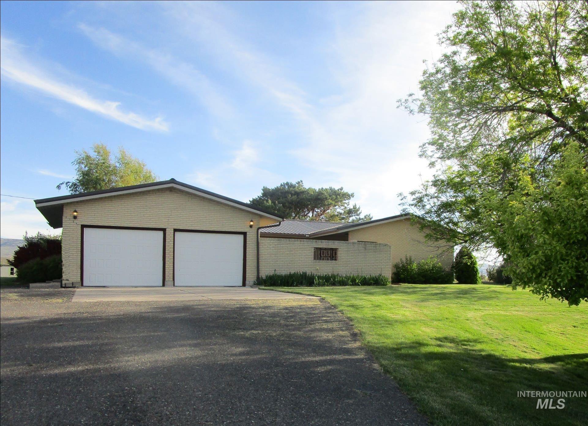 3005 N 4900 E Property Photo 1