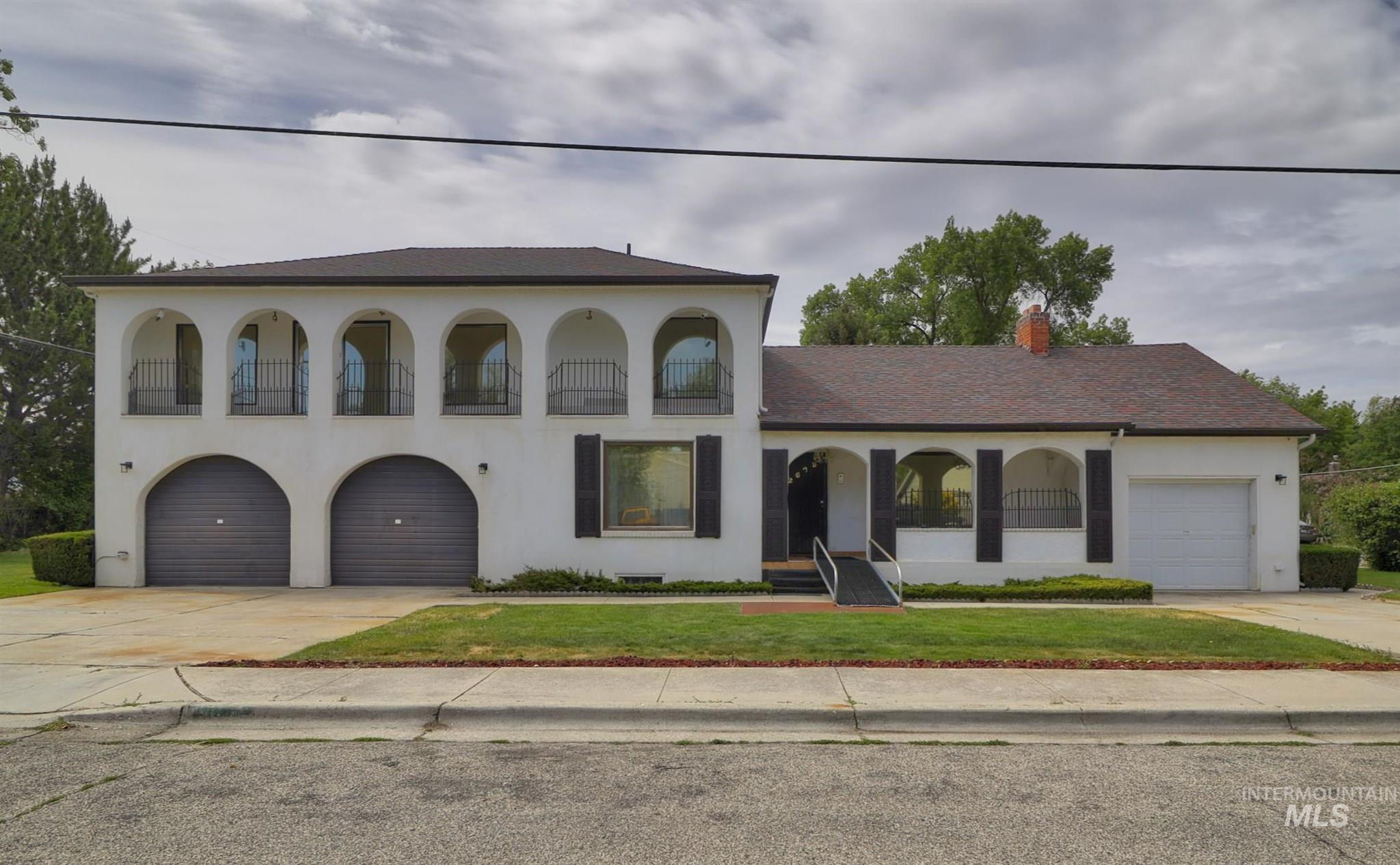 2679 W Palouse Property Photo 1
