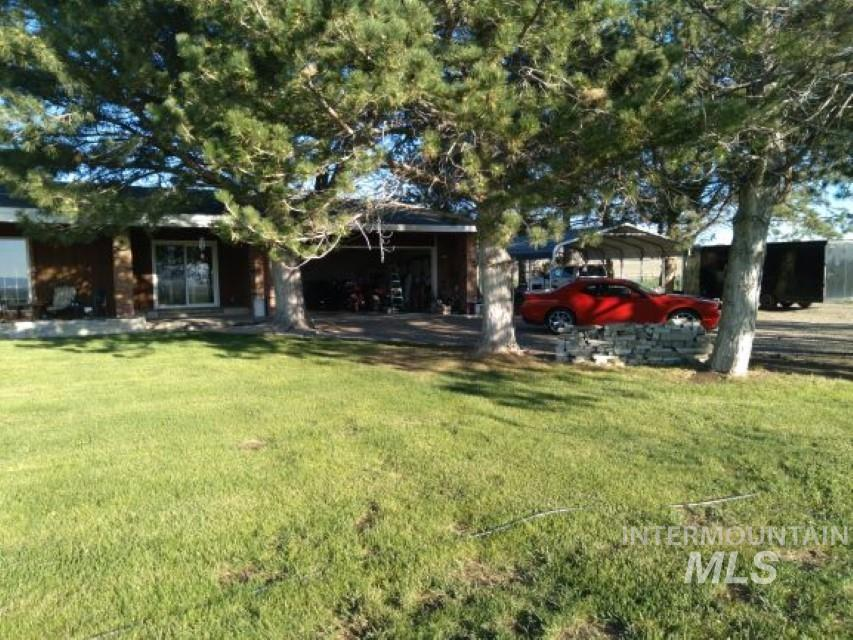 1356 S Hwy 81 Property Photo 1