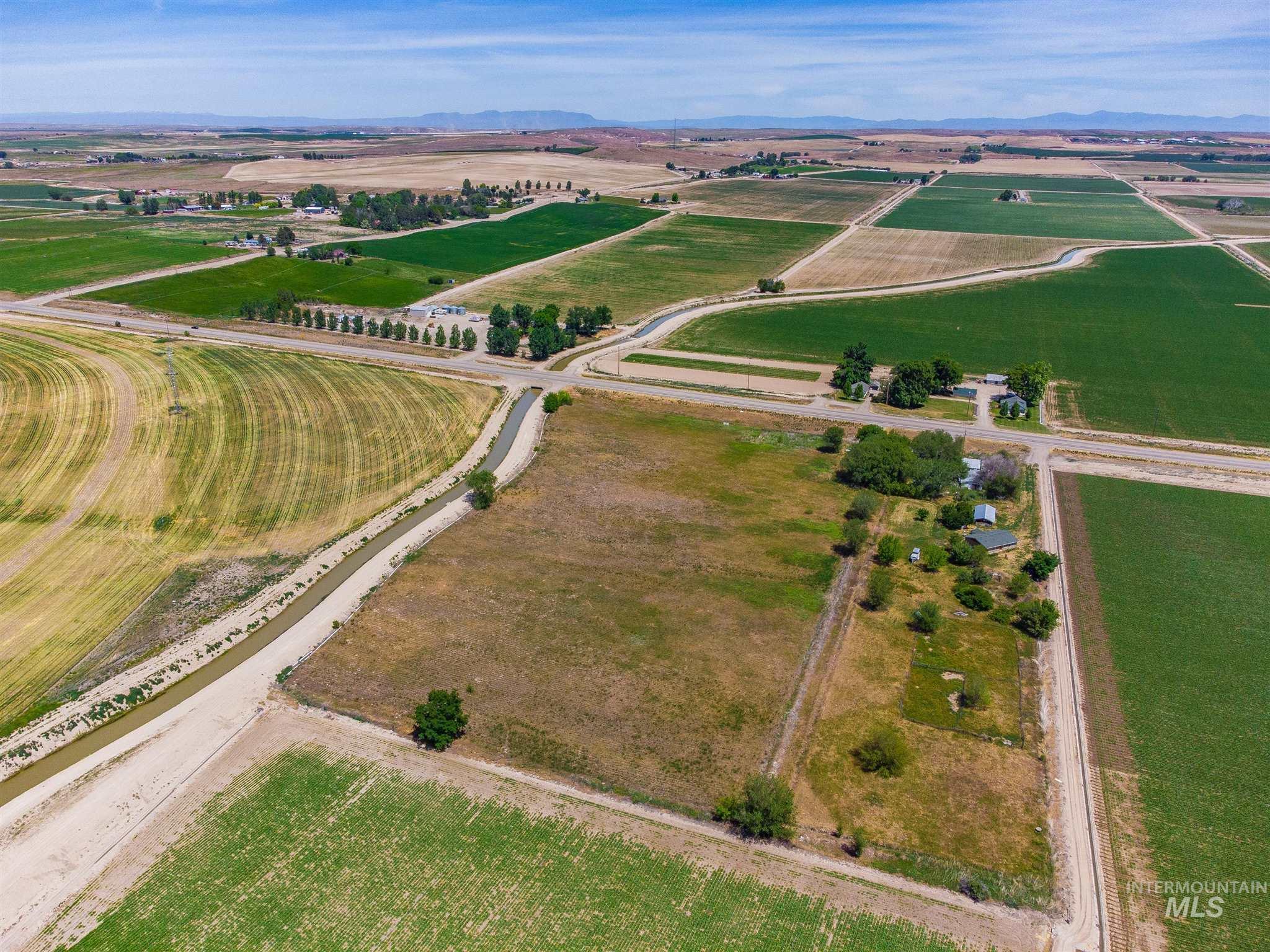 30665 Hwy 95 Property Photo 1