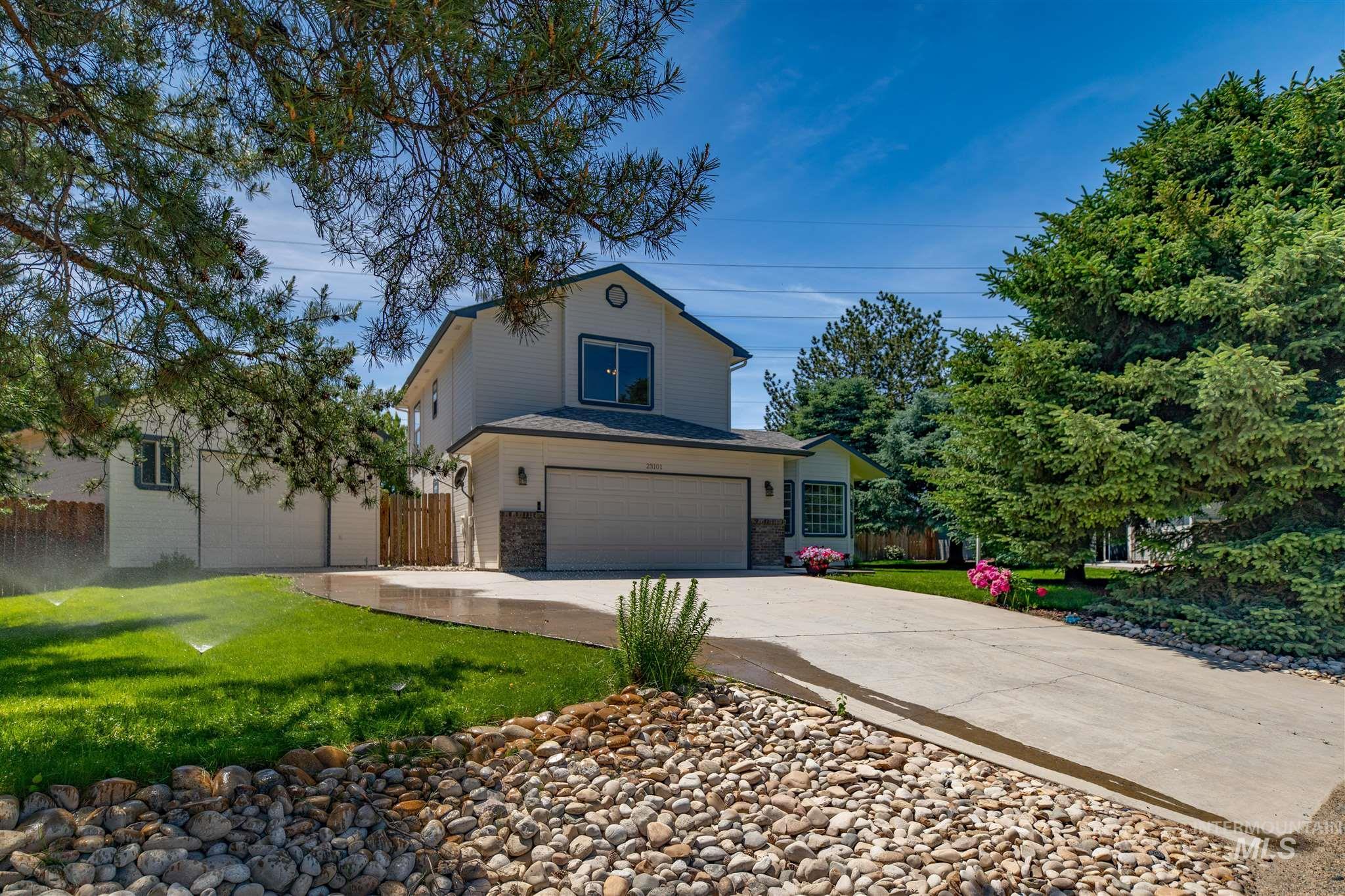 Forest Hills Es Real Estate Listings Main Image
