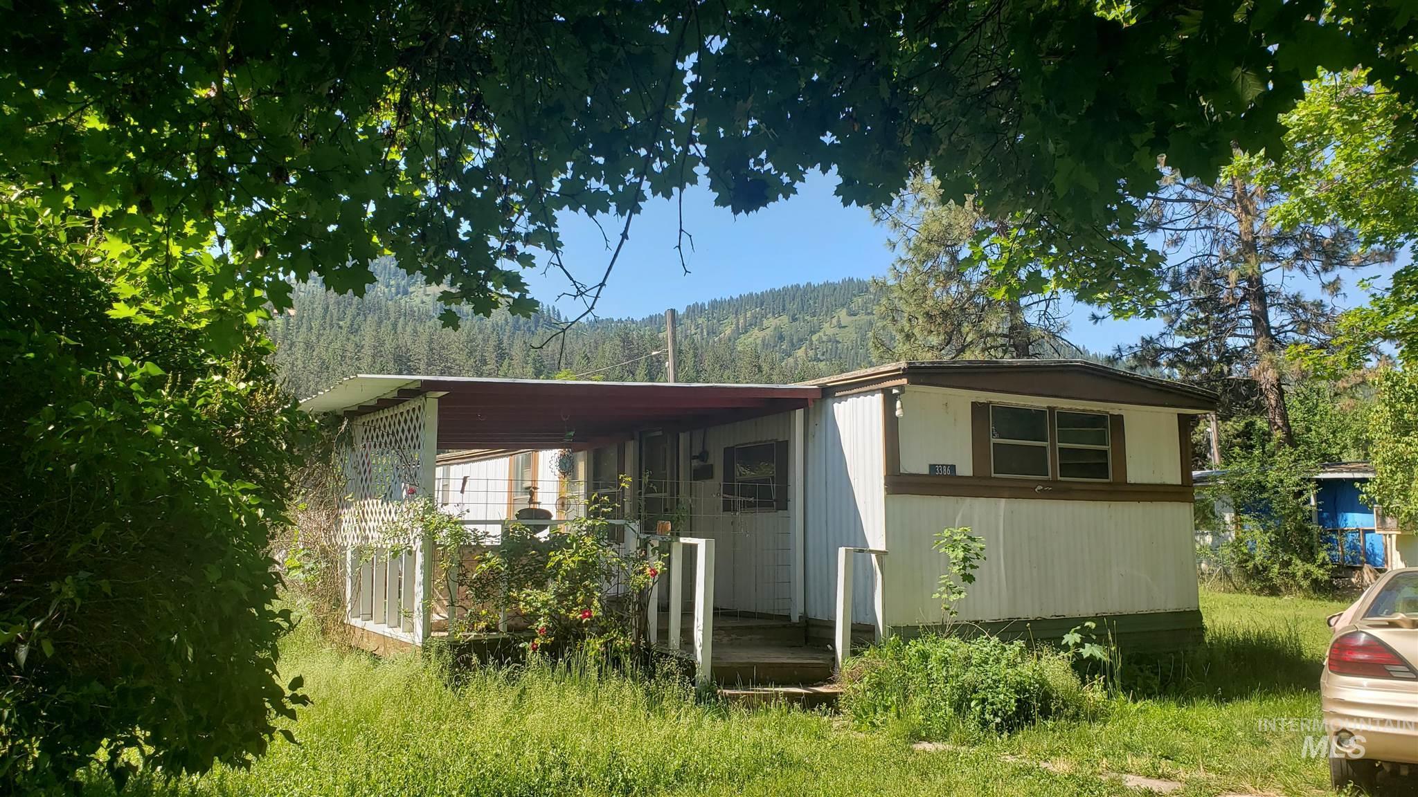 3386 Washington St Property Photo
