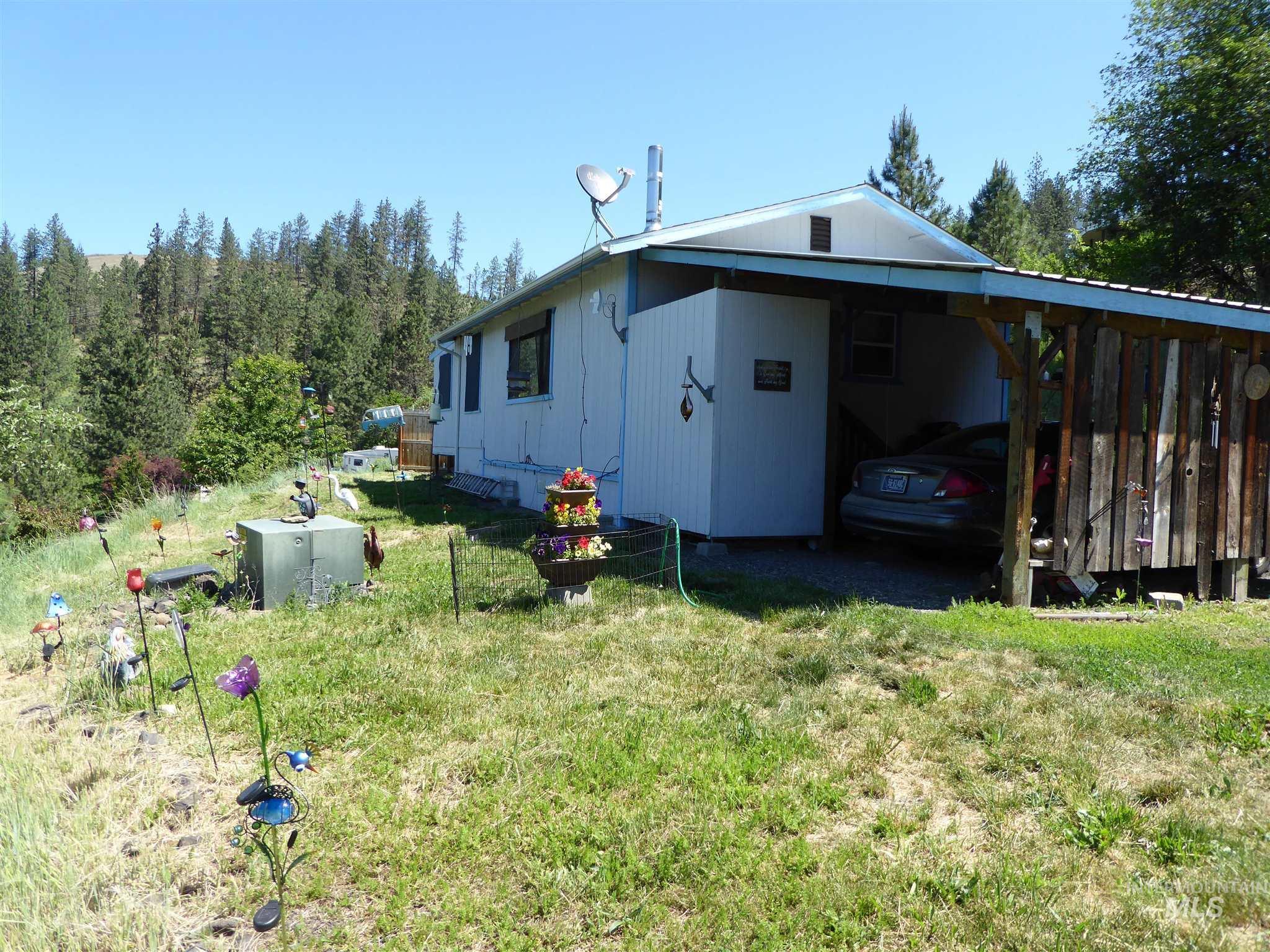 108 Overlook Property Photo