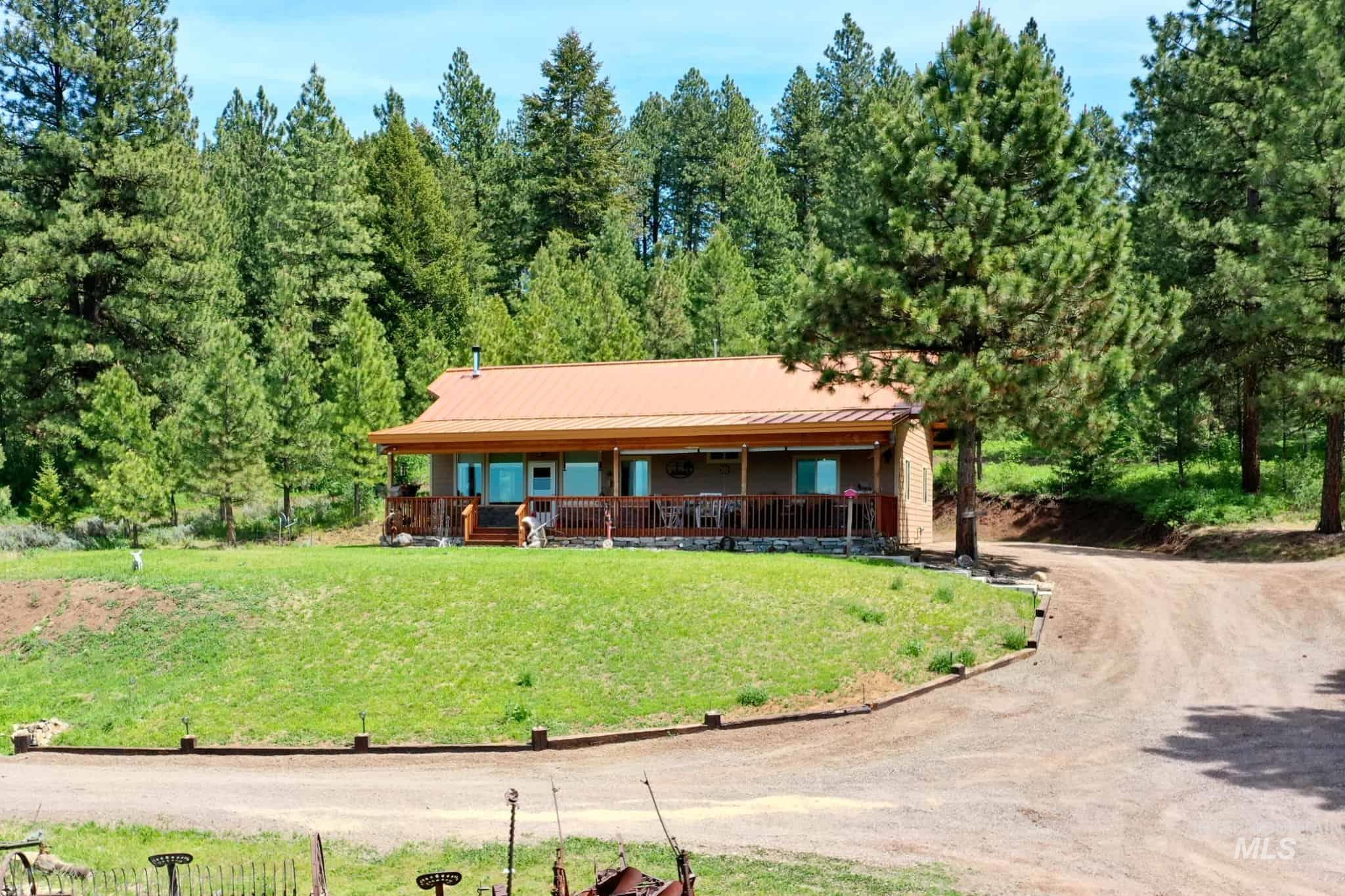 3301 Ditch Creek Rd Property Photo
