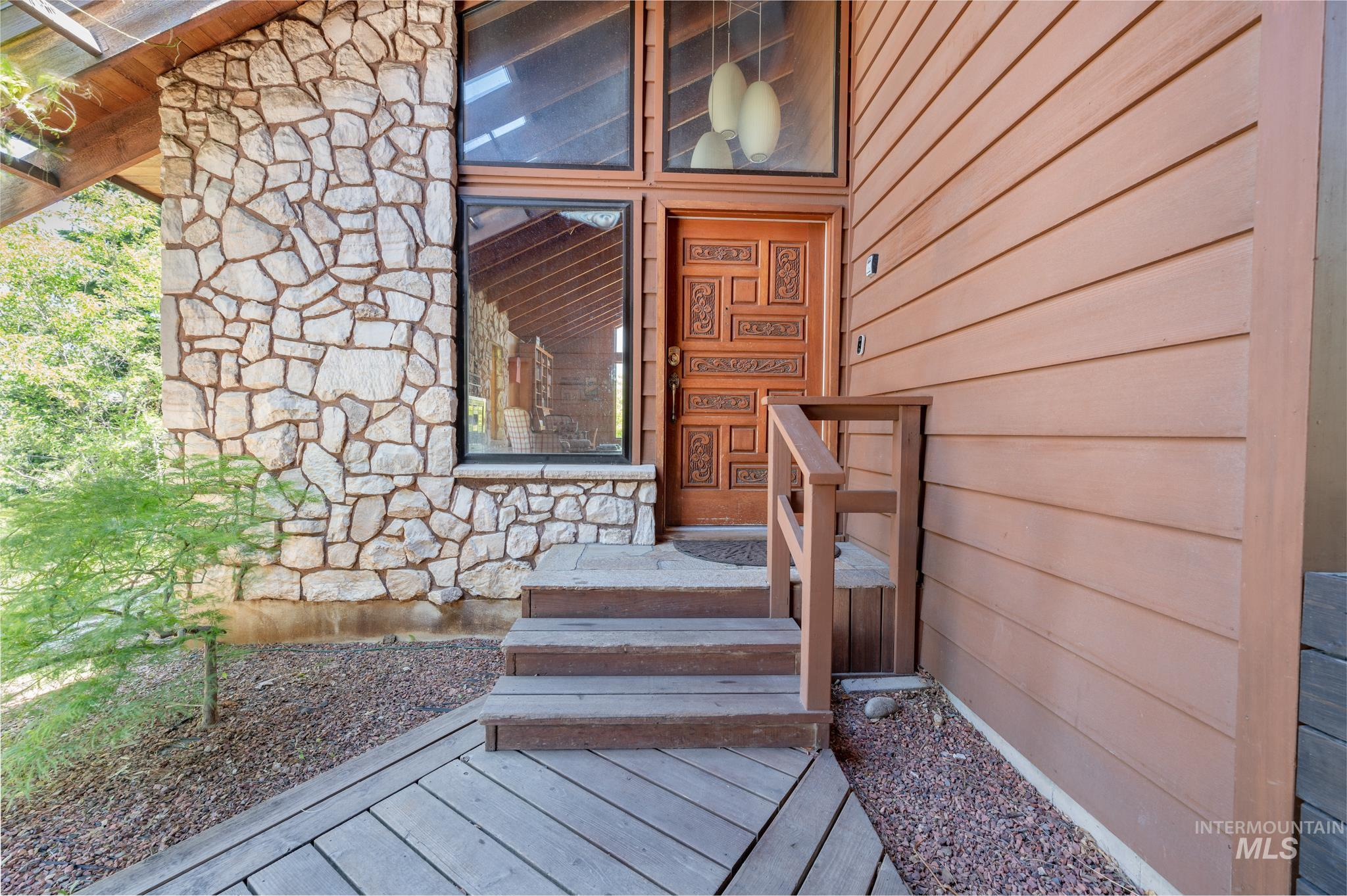 570 Cole Property Photo 3
