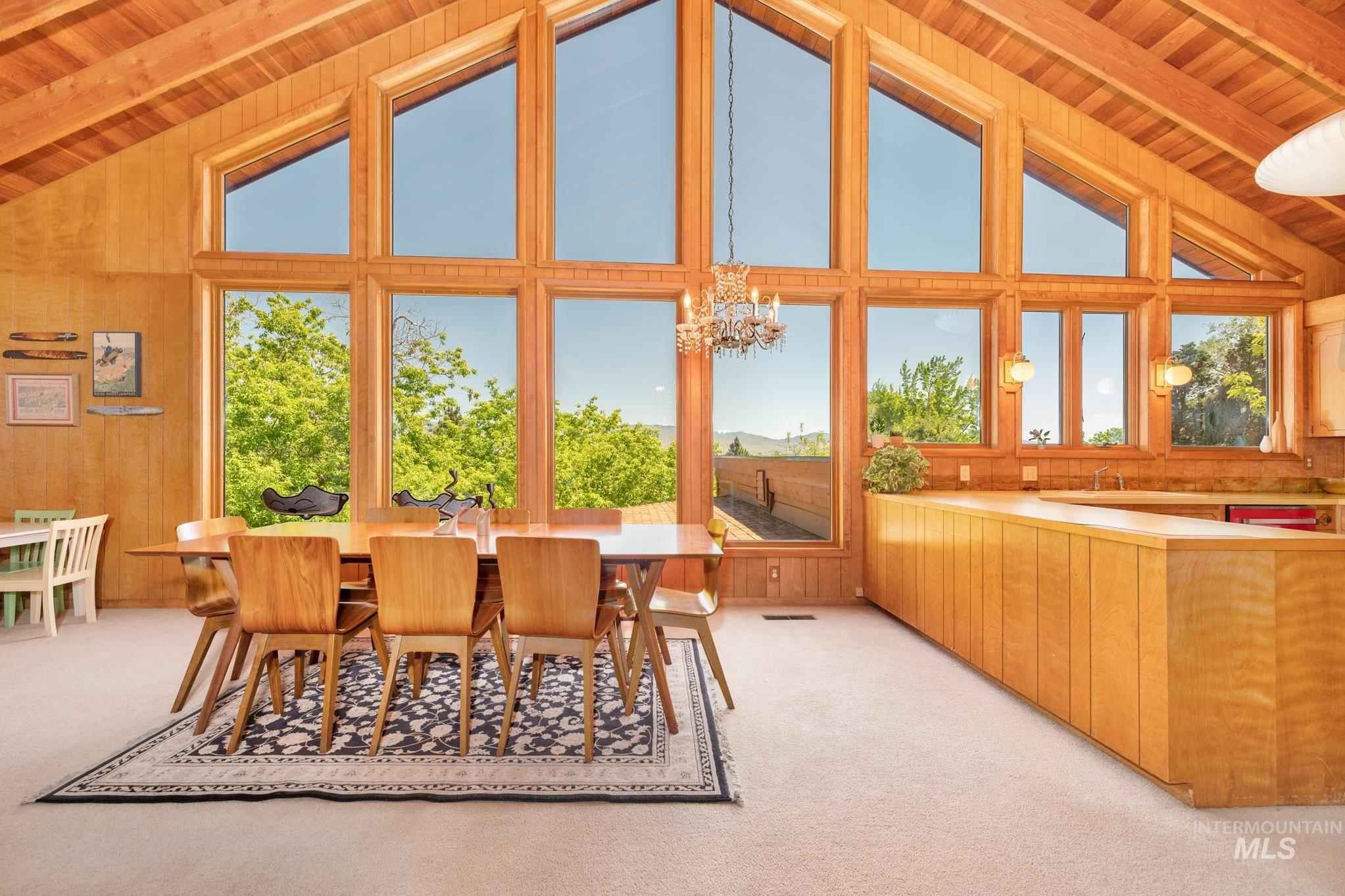 570 Cole Property Photo 7