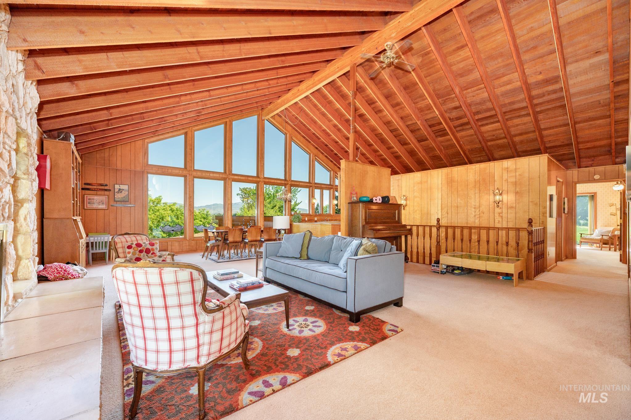 570 Cole Property Photo 9