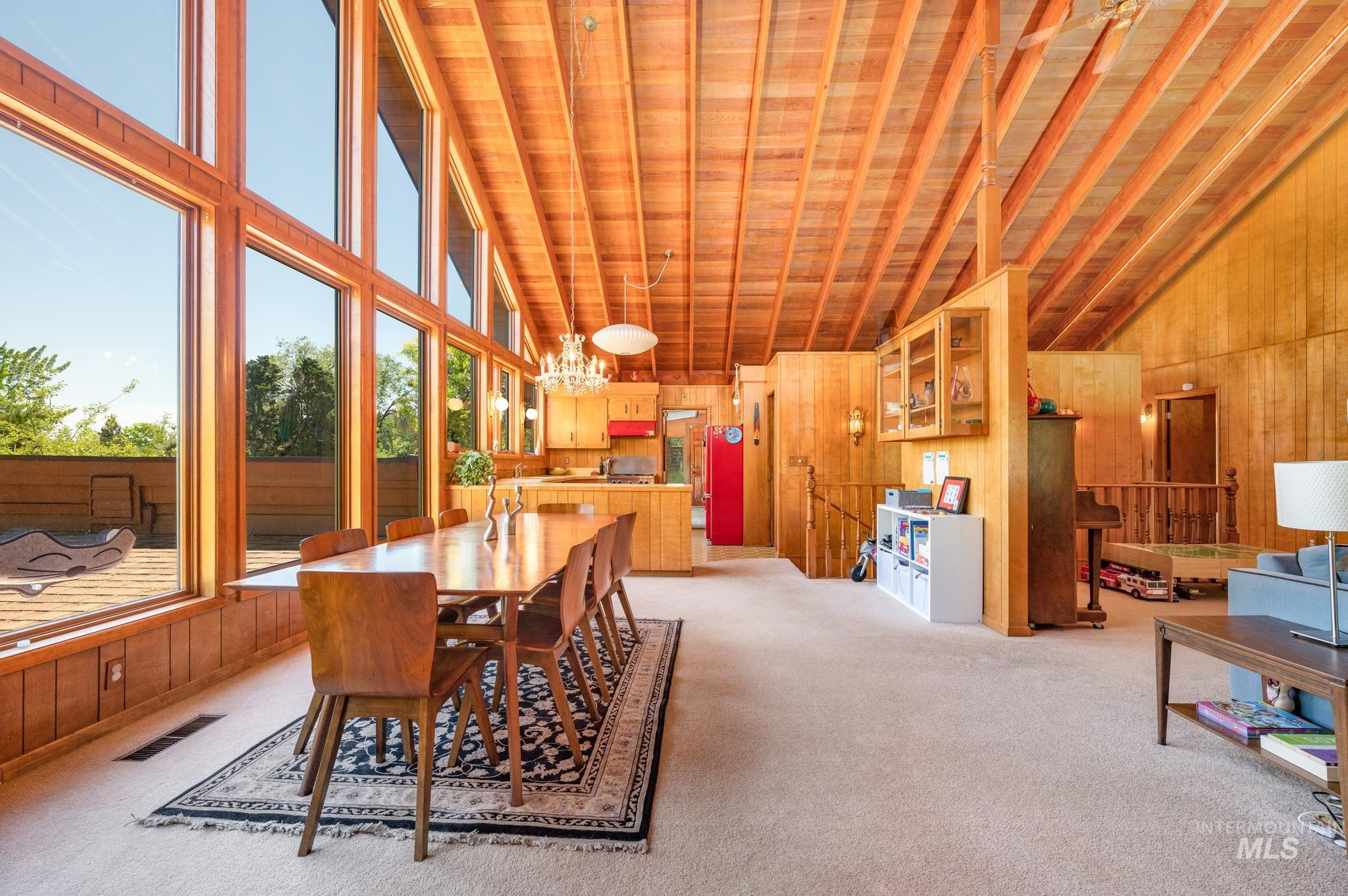 570 Cole Property Photo 12