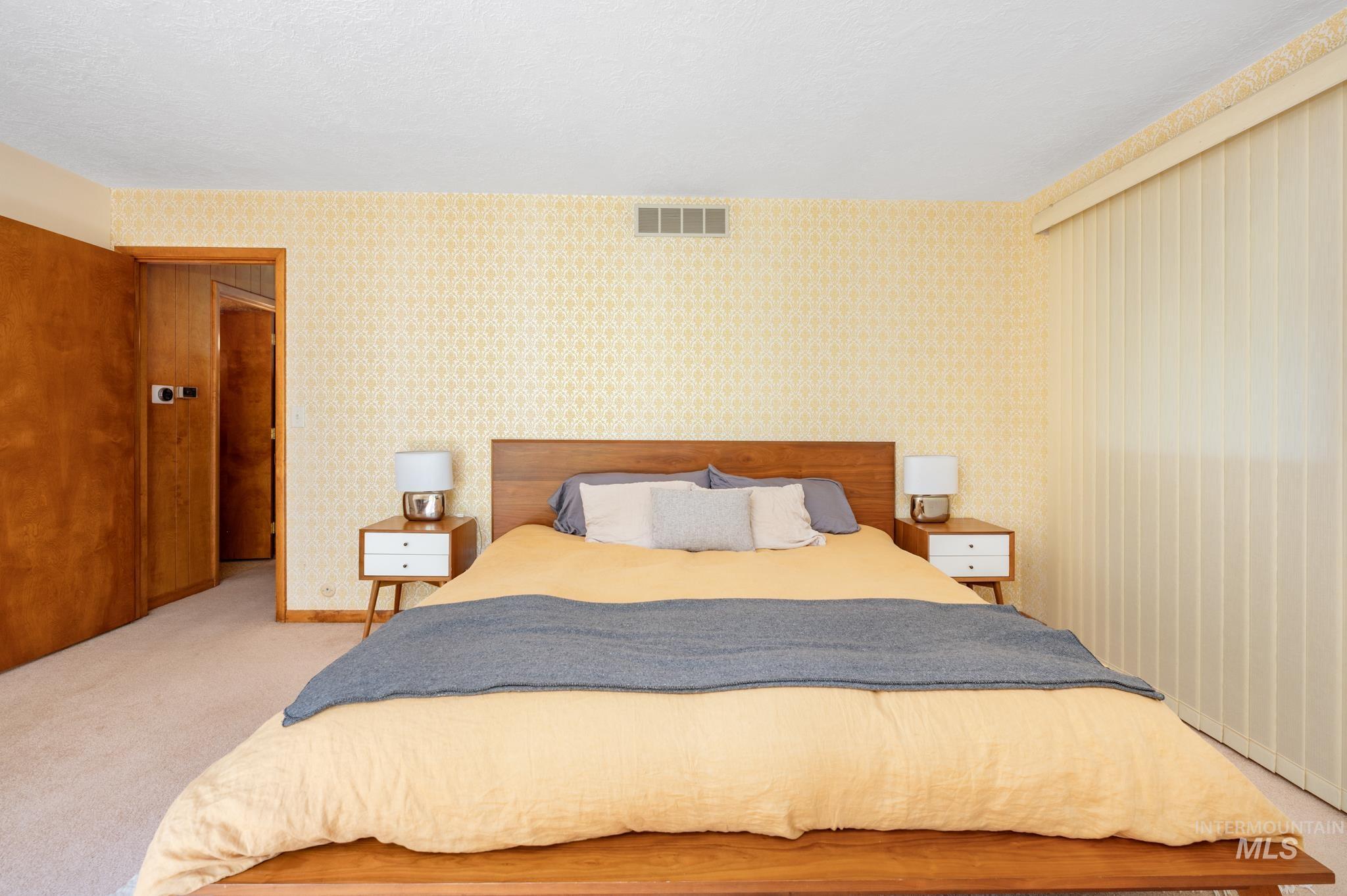 570 Cole Property Photo 14