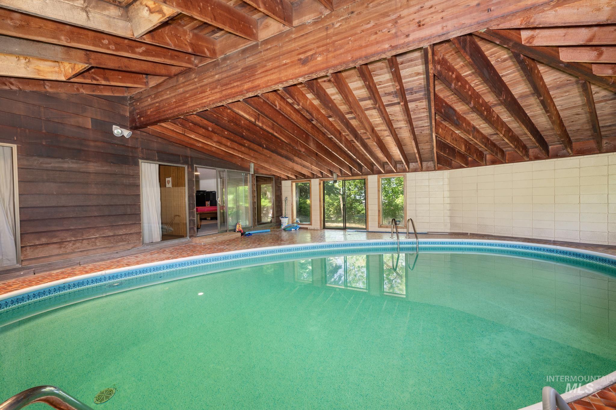 570 Cole Property Photo 25