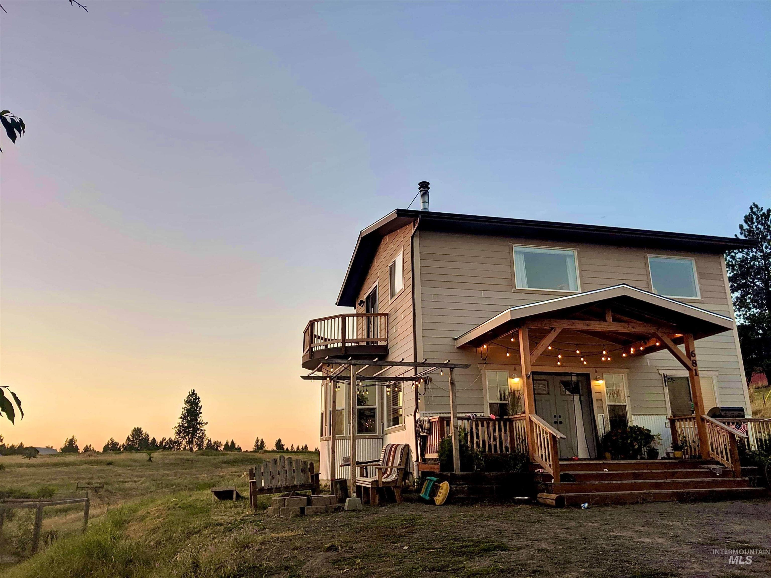 681 Leitch Creek Road Property Photo