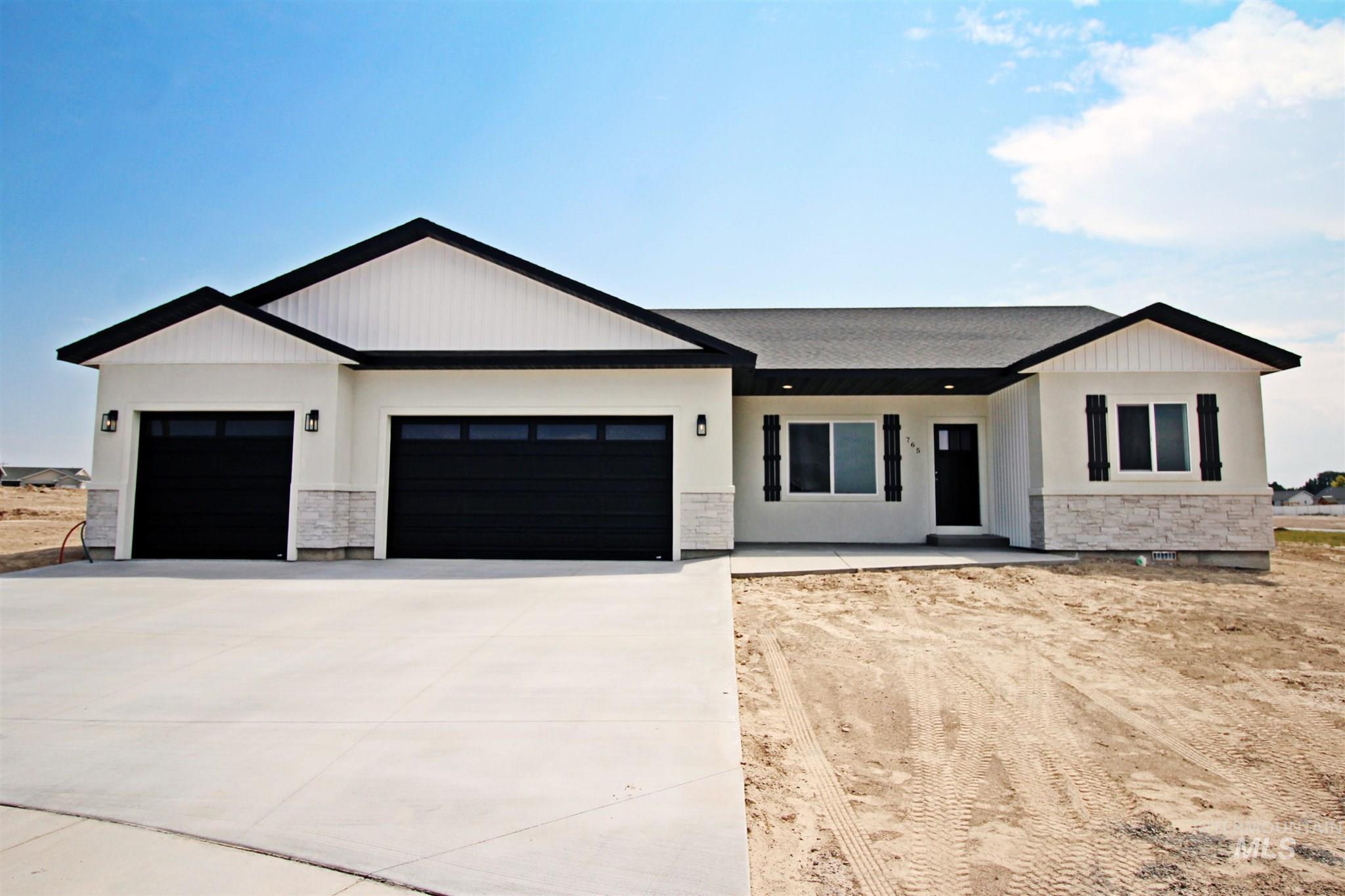 765 Sunnyridge Ct. E. Property Photo 1