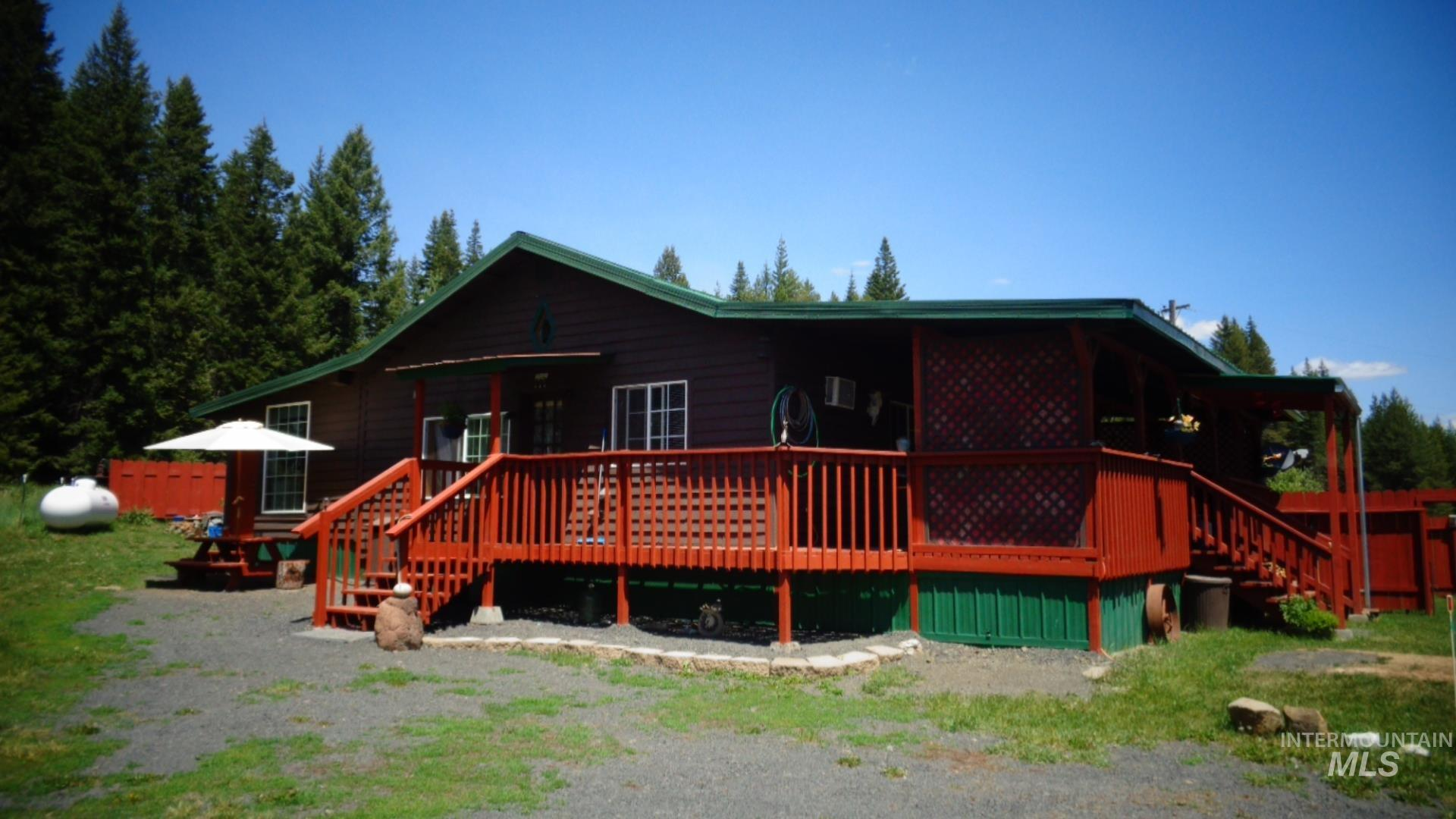 18473 Upper Fords Creek Road Property Photo
