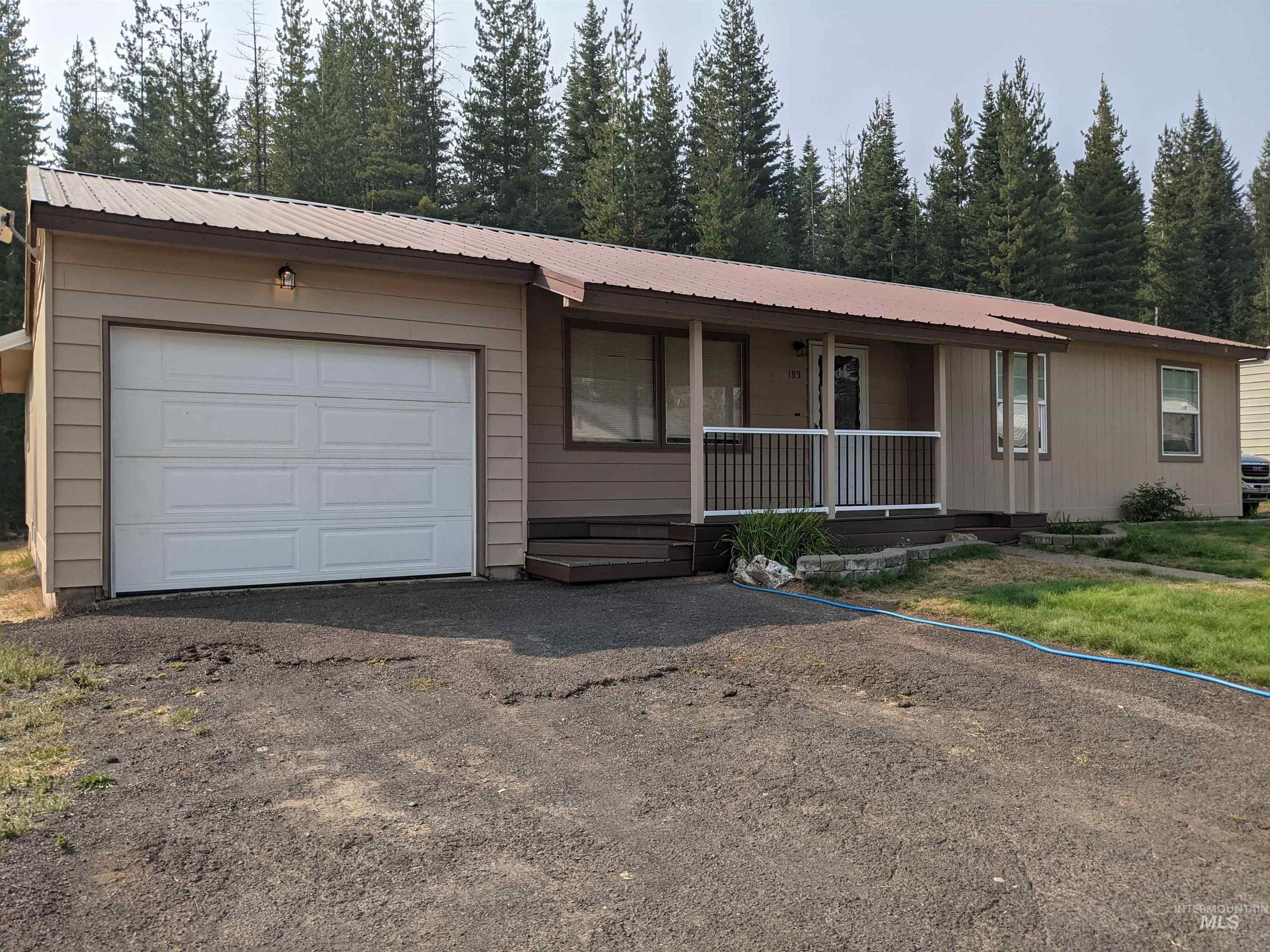 83546 Real Estate Listings Main Image