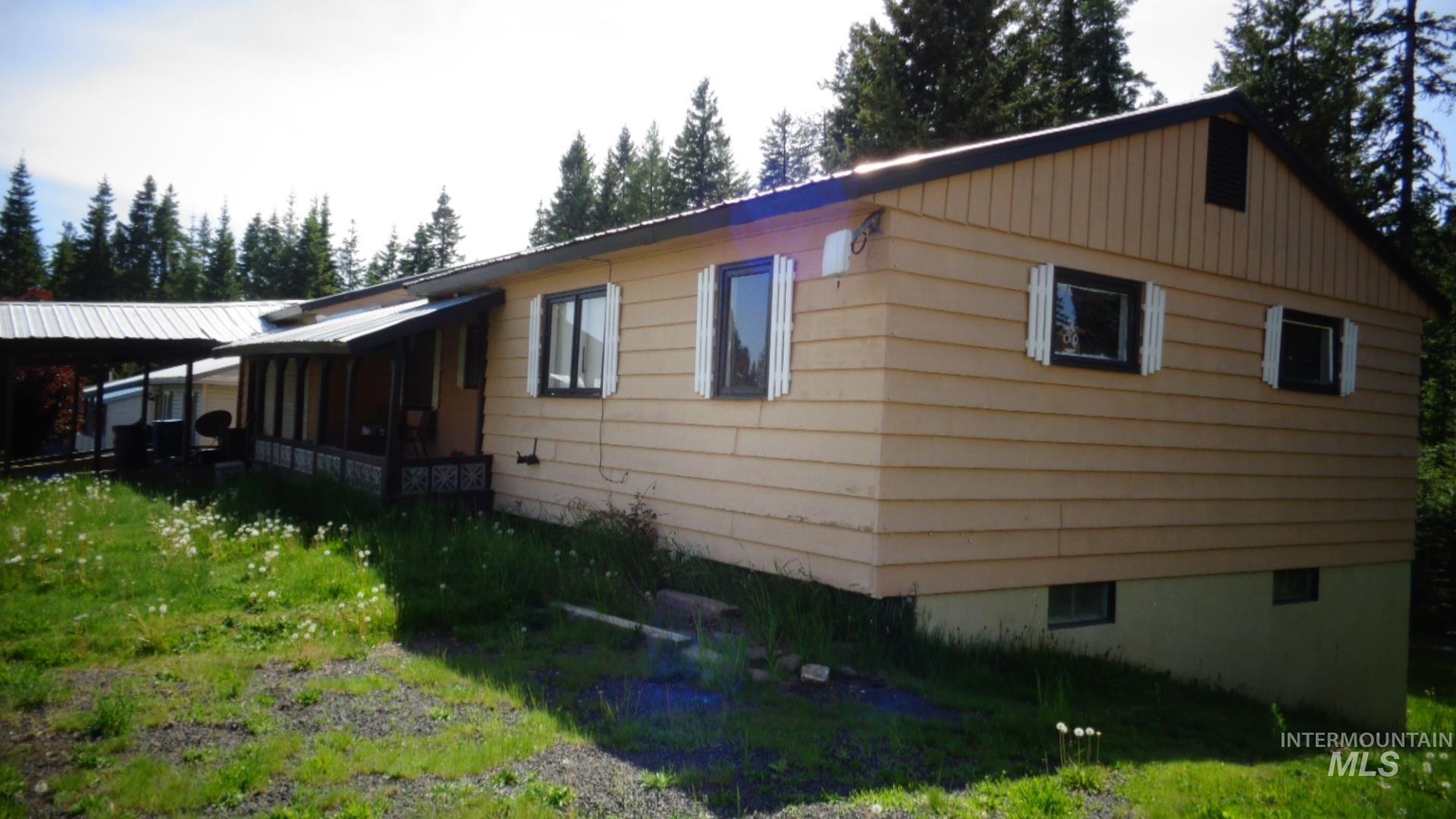 439 Cedar Drive Property Photo 1