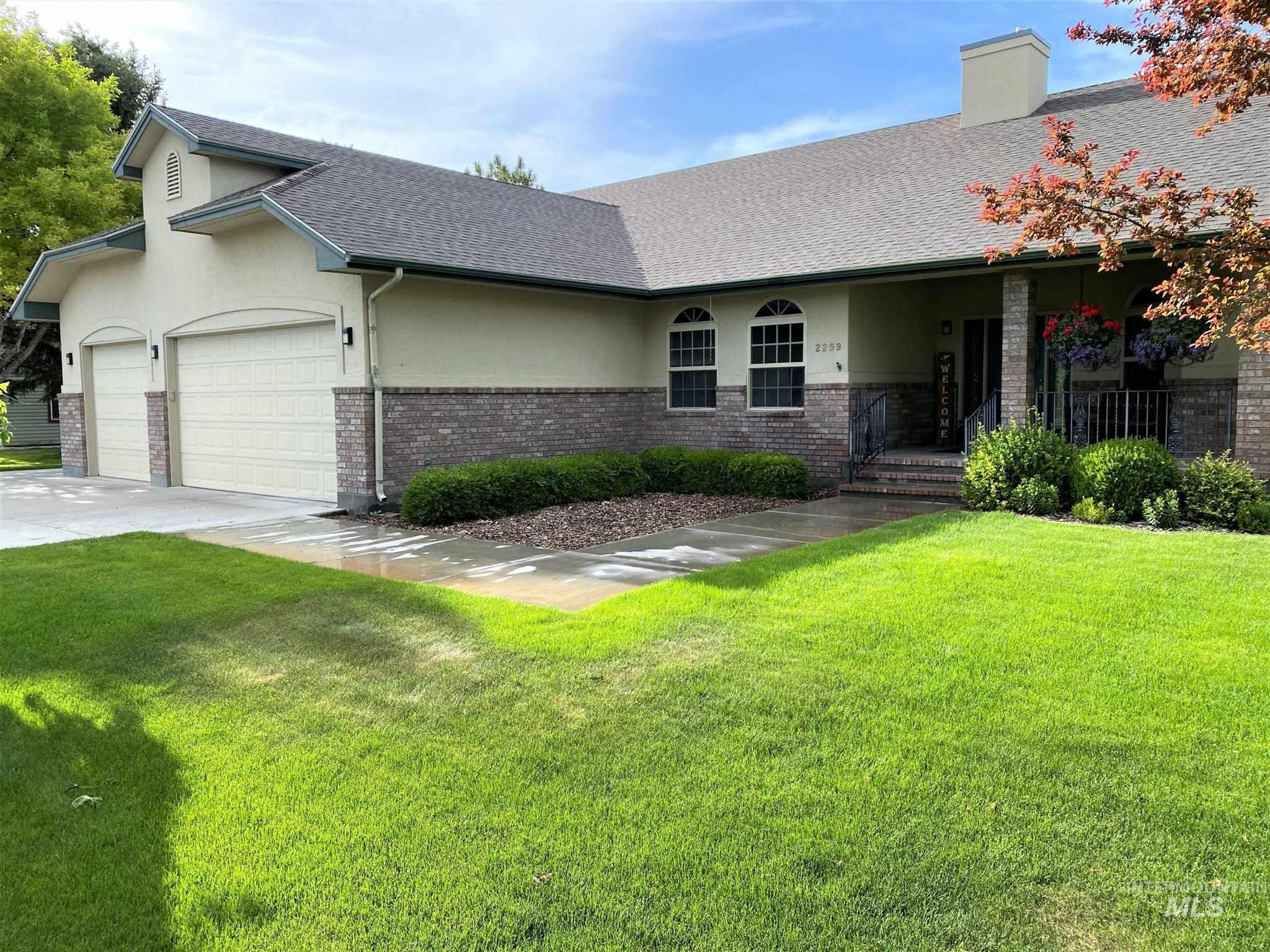 2299 Bowlin Lane Property Photo 1
