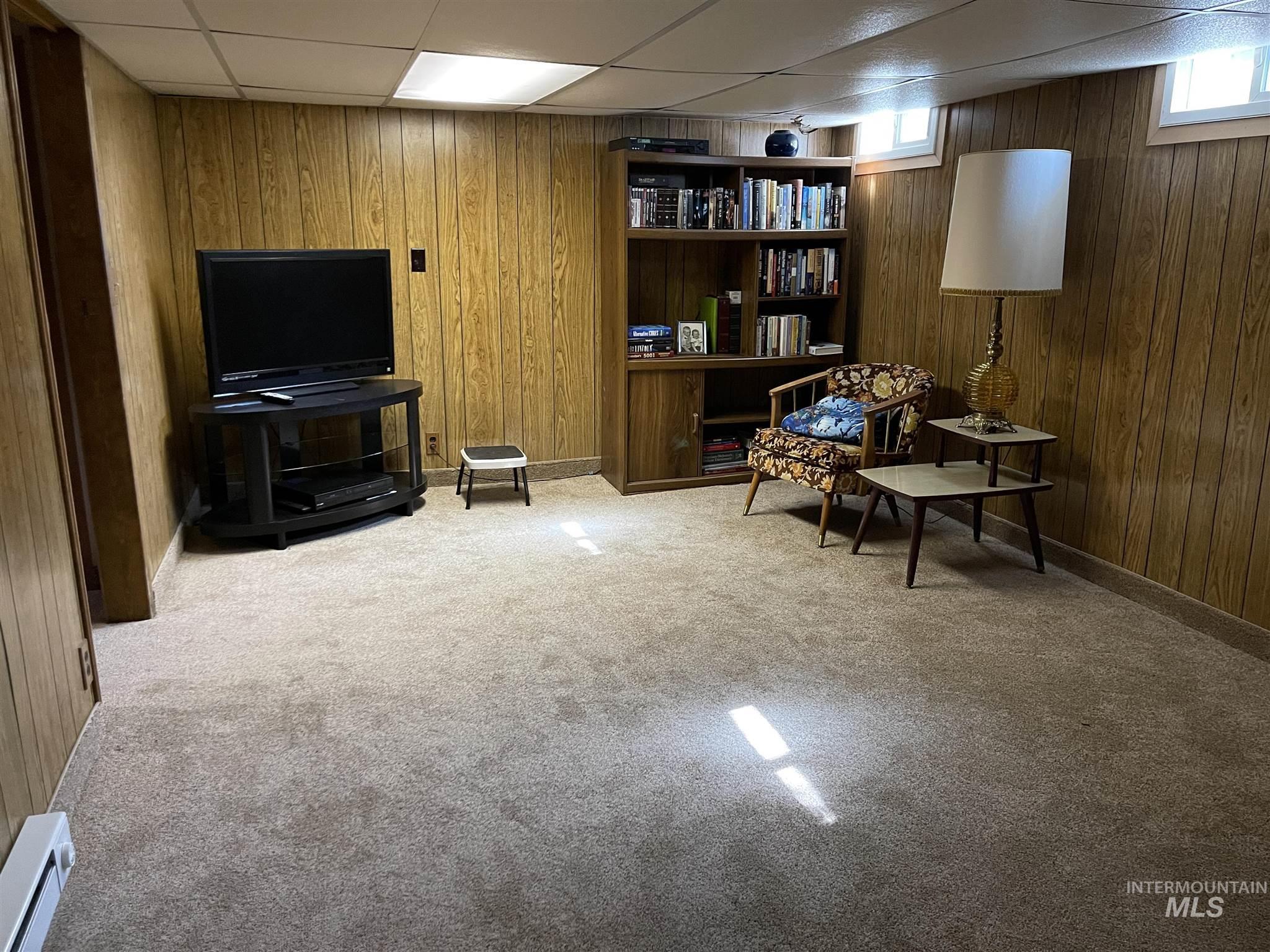 216 W Main Street Property Photo 41