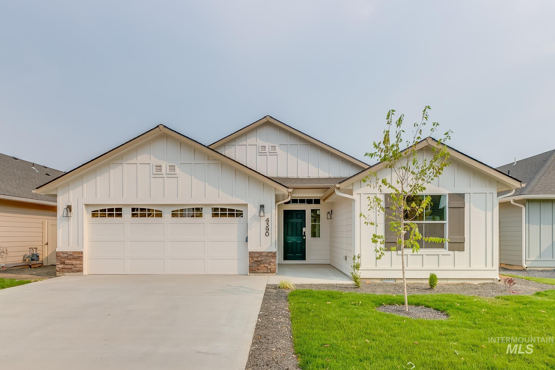 2183 N Waterbrook Pl Property Photo
