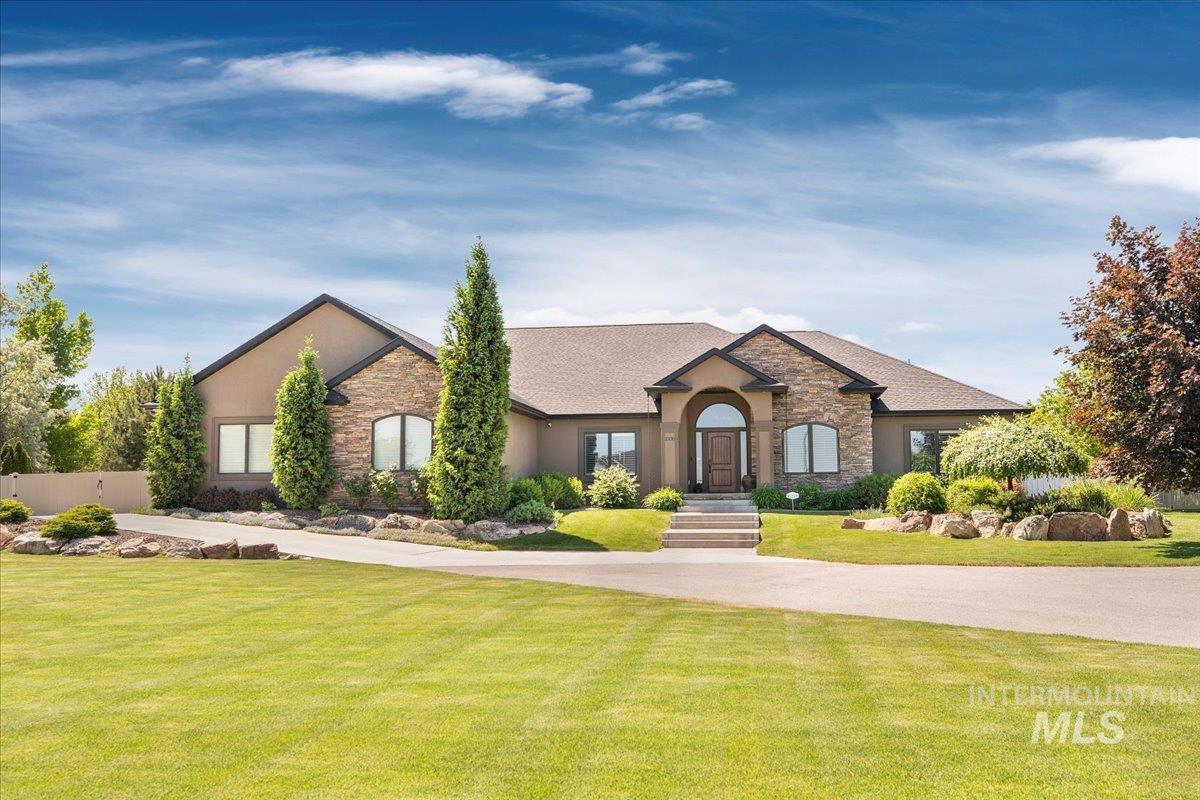 2330 Candleridge Dr Property Photo 1